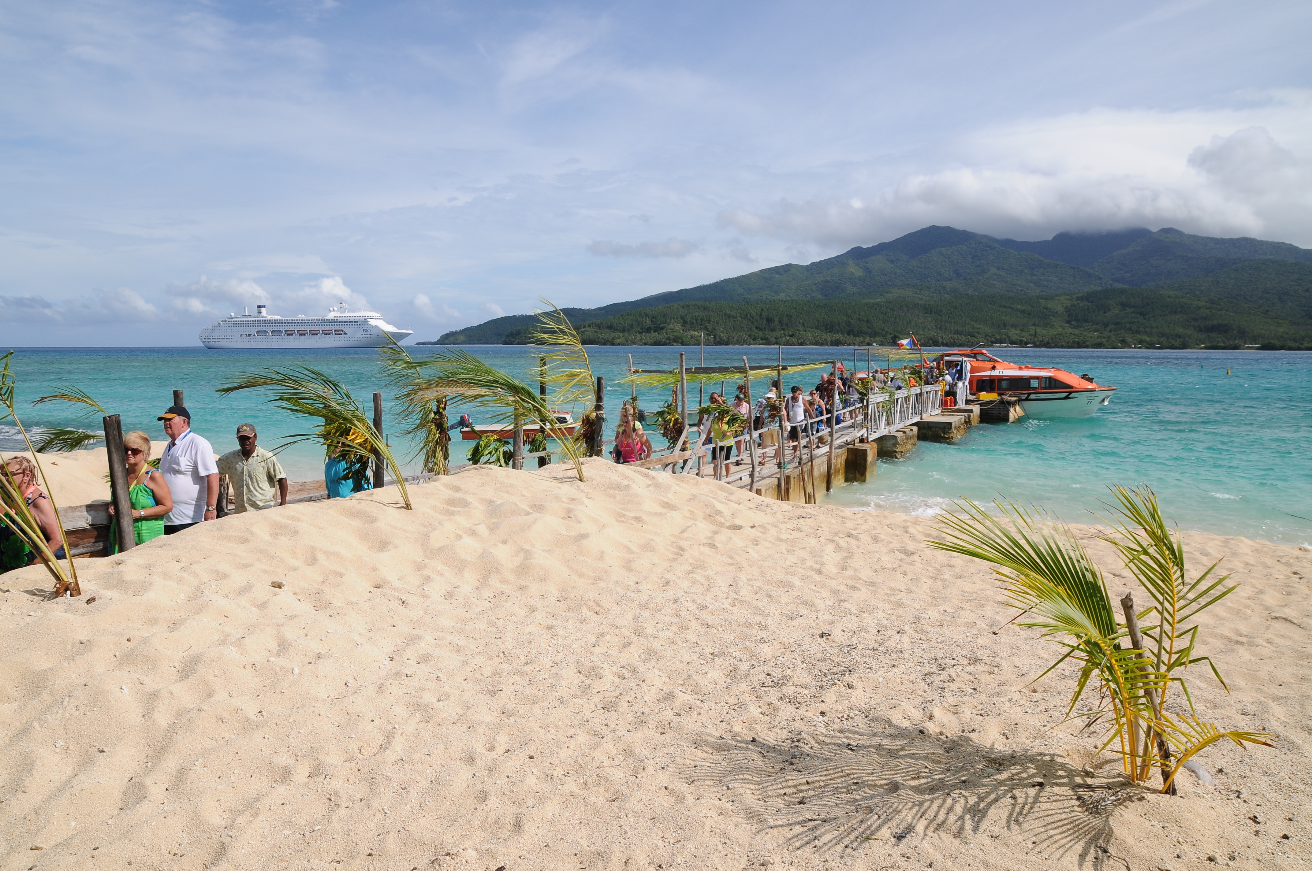 Carnival Cruises Mystery Island Vanuatu Photo Ausaid 29 Cruise Line