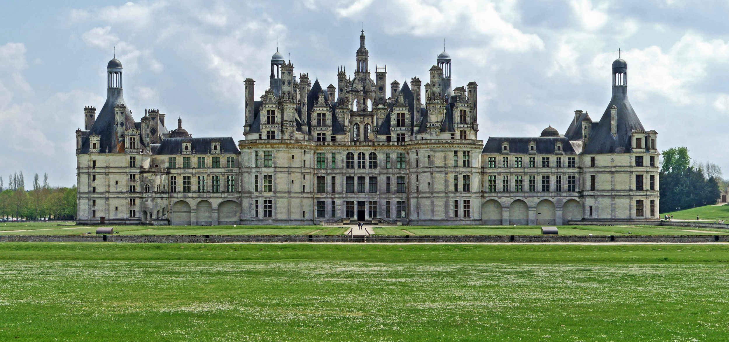 the ch teau and estate of chambord sights. Black Bedroom Furniture Sets. Home Design Ideas