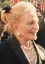 Coral Browne (1989 Academy Awards).jpg