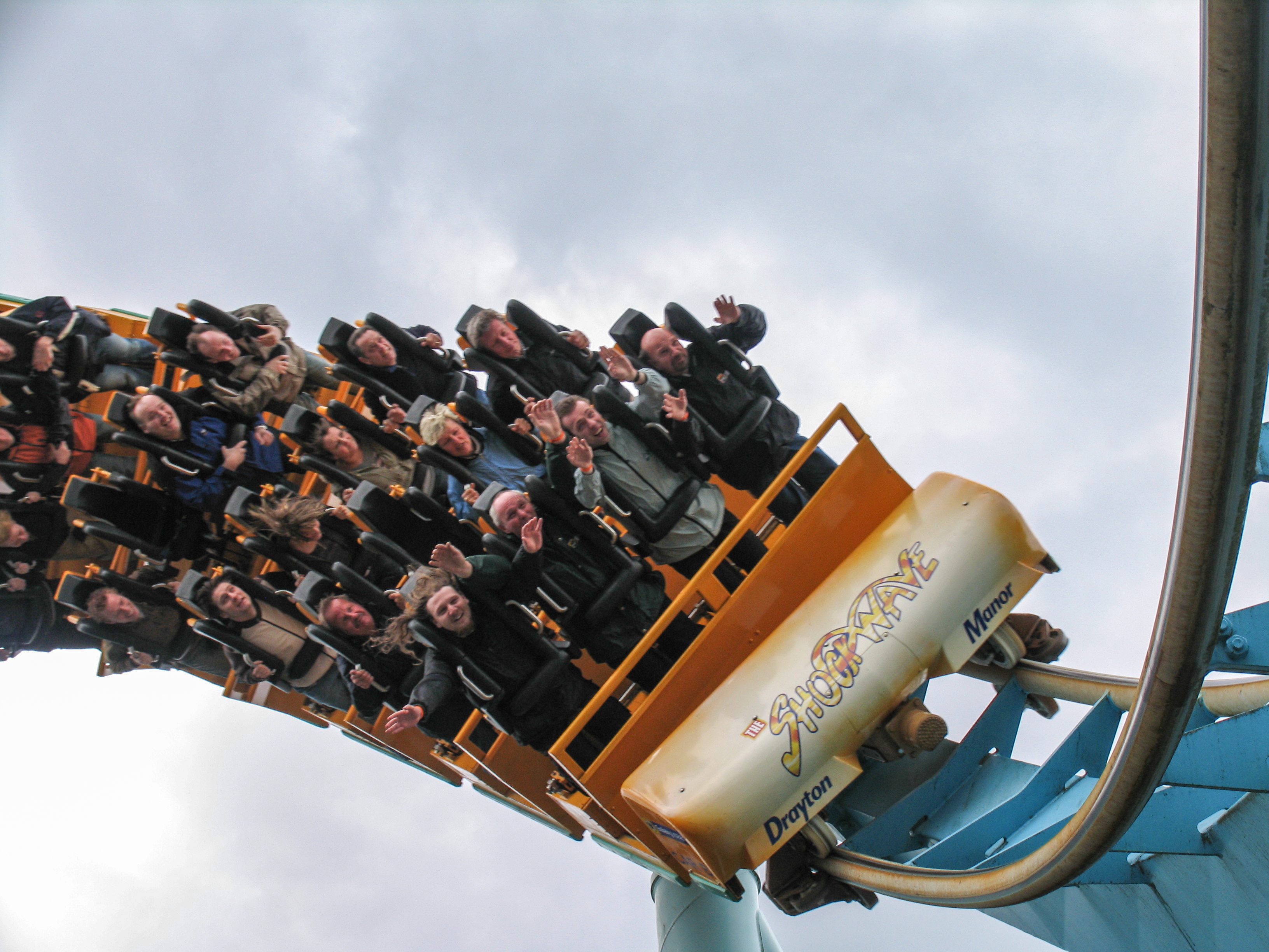 Stand-up roller coaster - Wikipedia