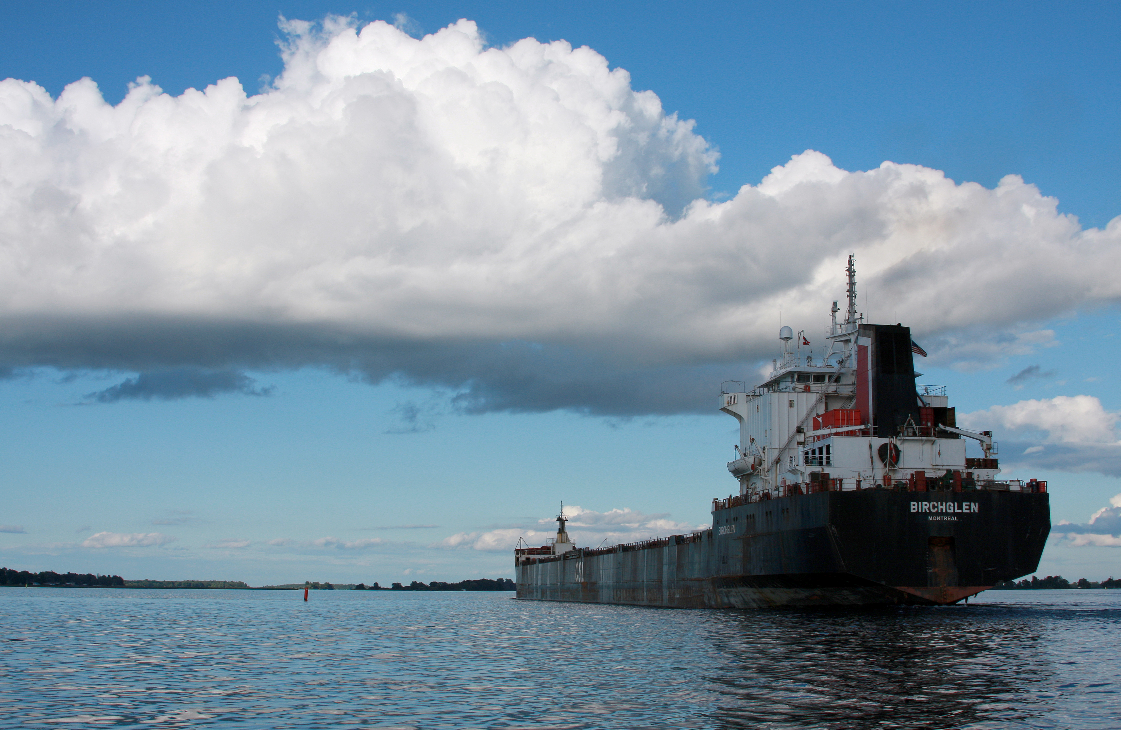 File:Freight Ship Birchglen.jpg - Wikimedia Commons