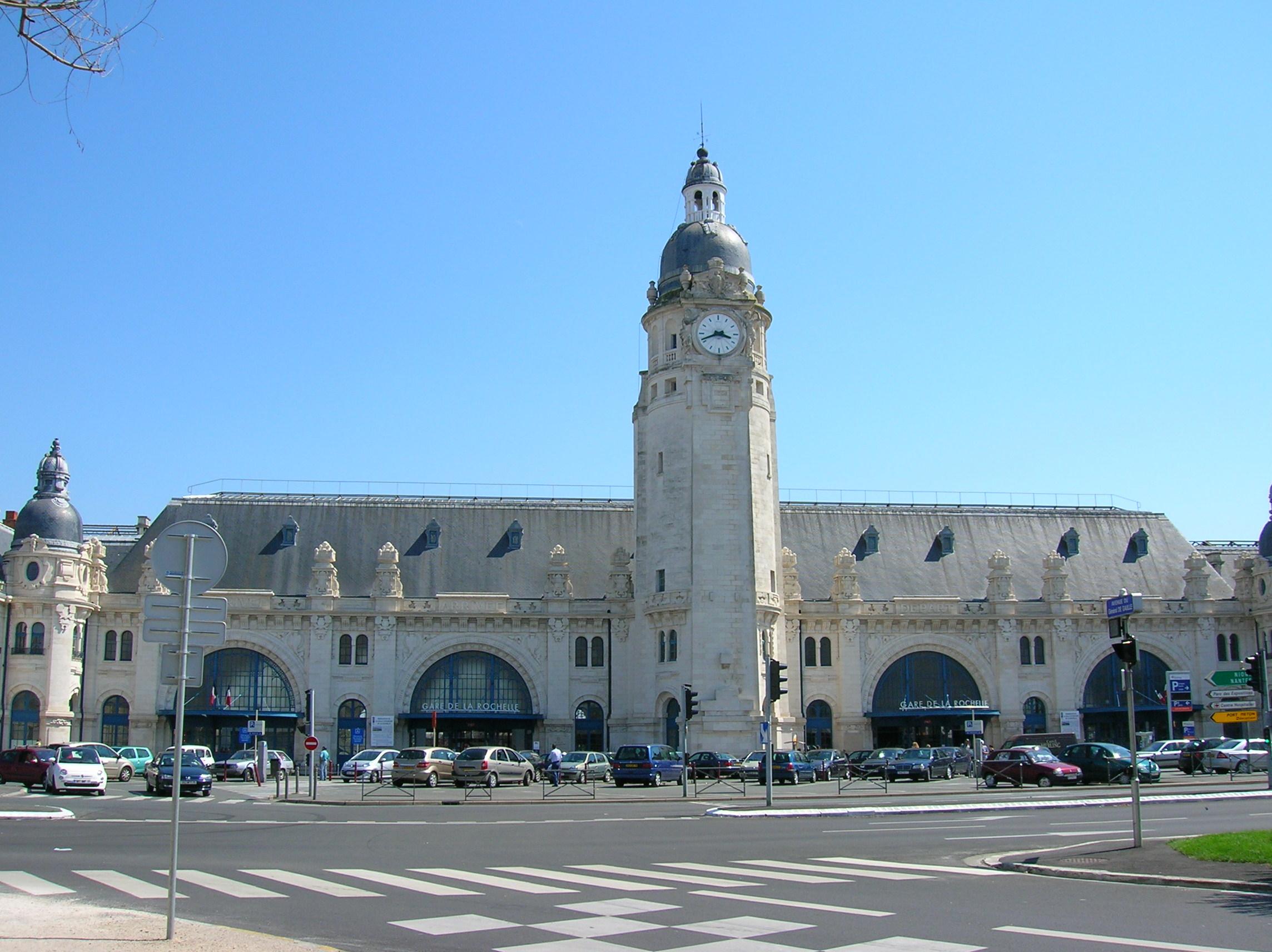 Station La Rochelle-Ville