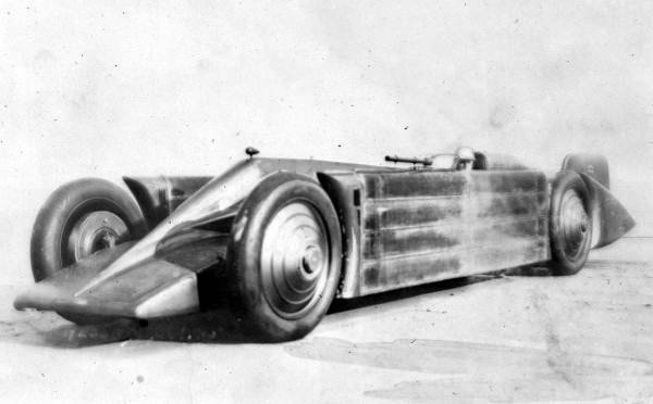 Image:Golden Arrow land speed record car 1929.jpg
