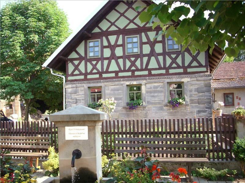 Hinter Dem Haus file haus hinter dem dorfbrunnen panoramio jpg wikimedia commons