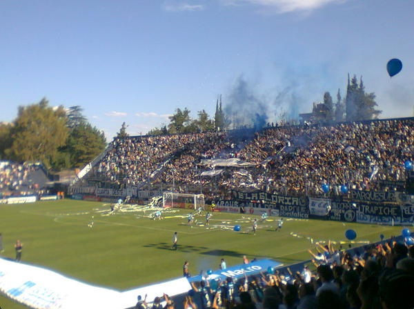 File:Hinchada de la Lepra de Mendoza.jpg. No higher resolution available.