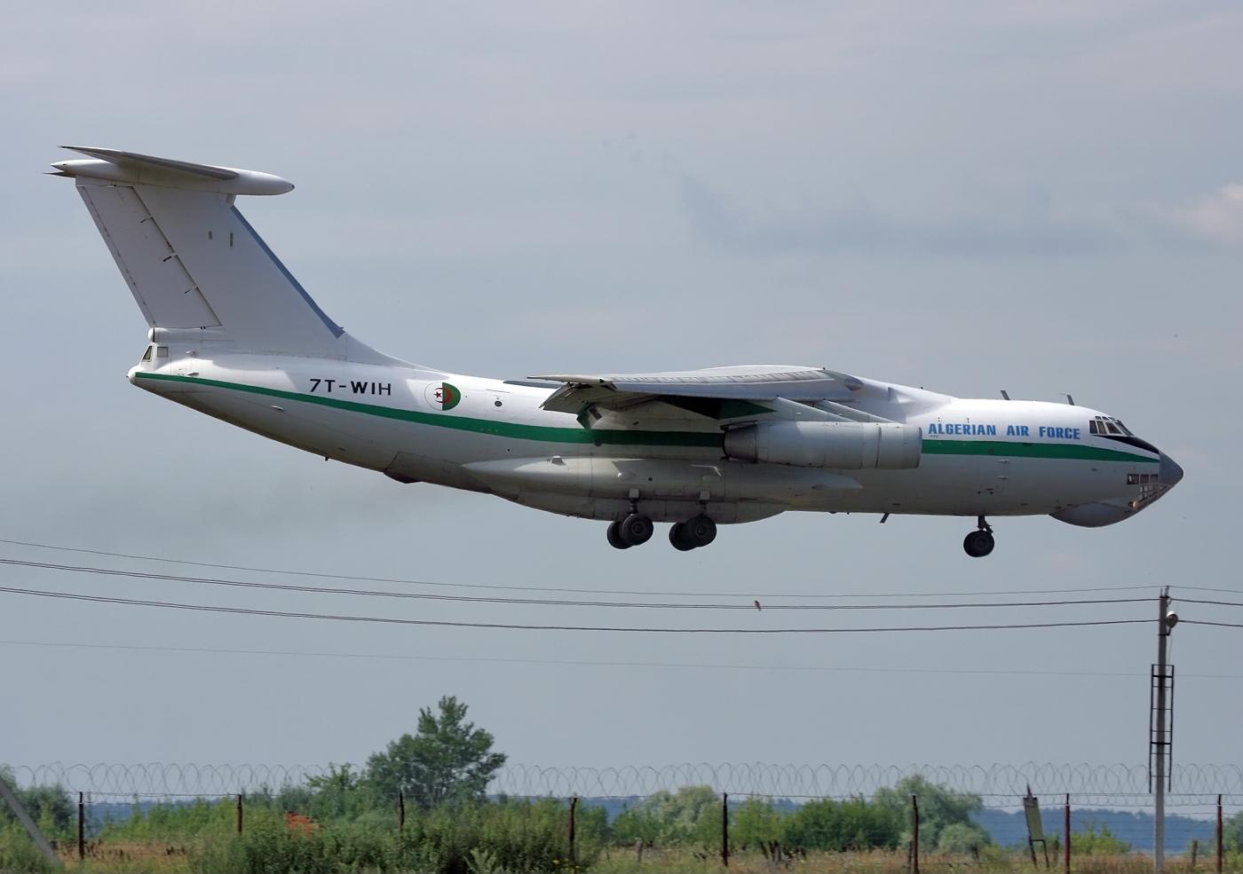 AAF - Transport / Refueling Ilyushin_IL-78_(7T-WIH)_Algerian_Air_Force