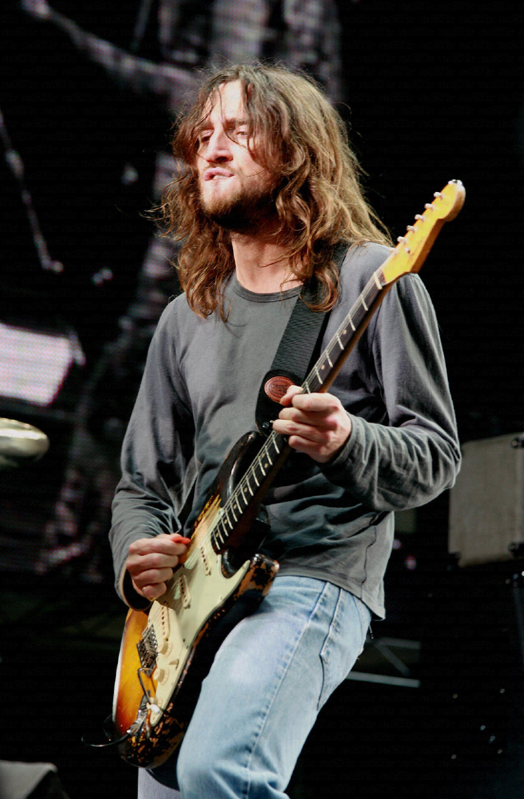 John frusciante white guitar - photo#23