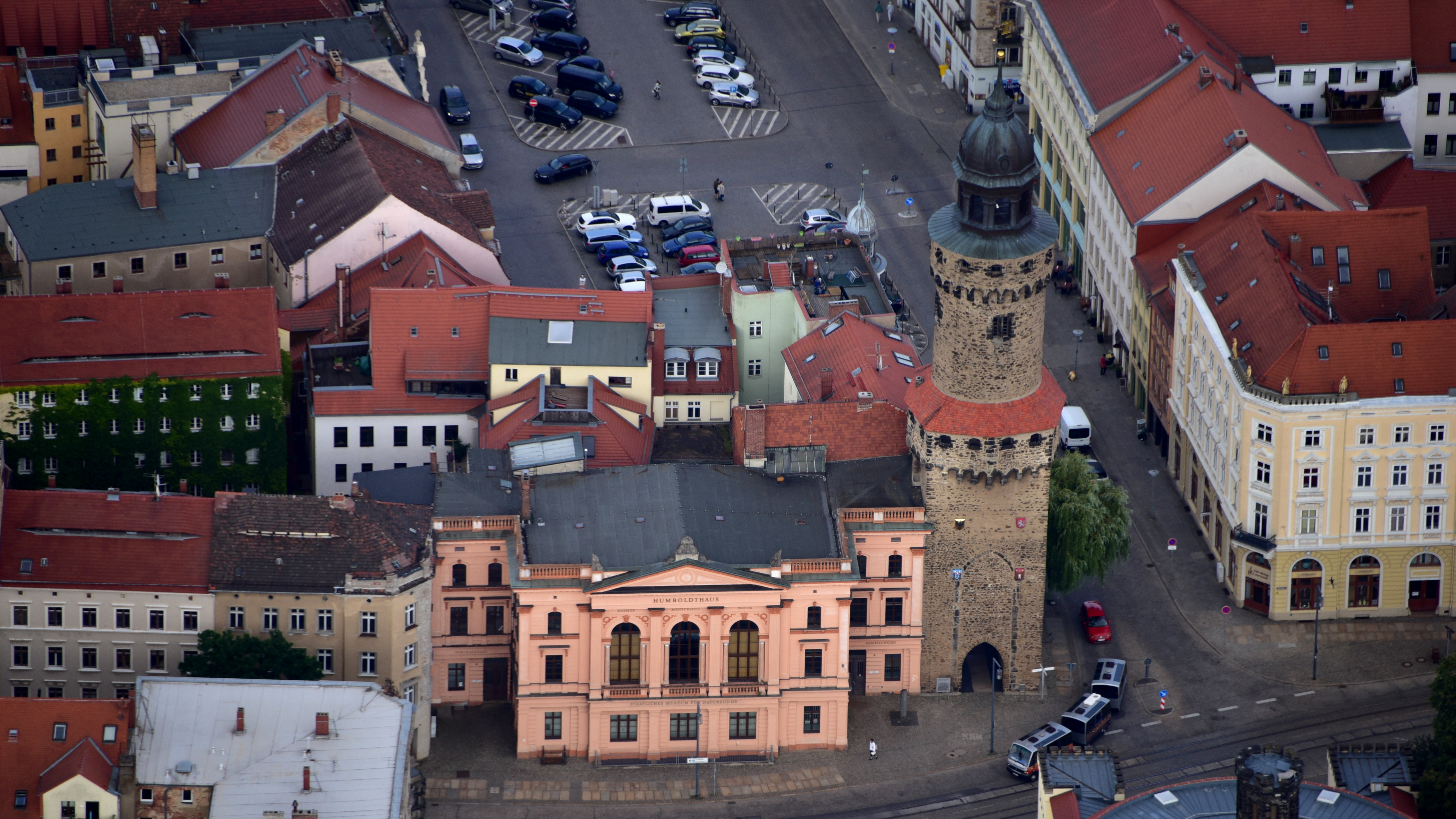 KLG_0279_G%C3%B6rlitz%2C_Humboldthaus%2C_Reichenbacher_Turm.jpg