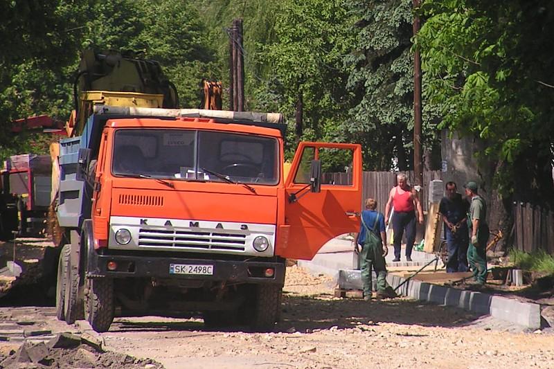 Банду, похищавшую КамАЗы, накрыли вПетербурге