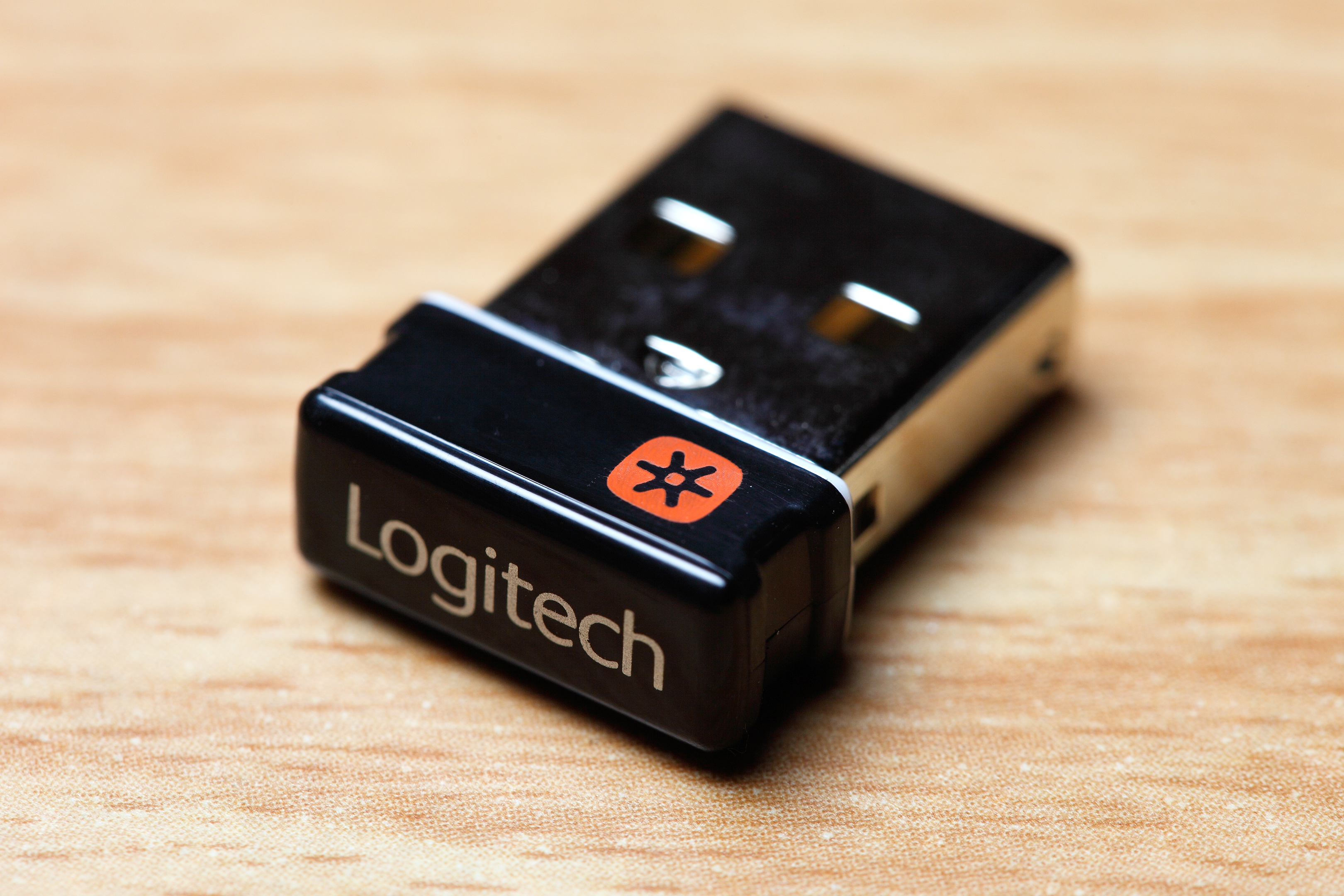 252abddf2ae Logitech Unifying receiver - Wikipedia