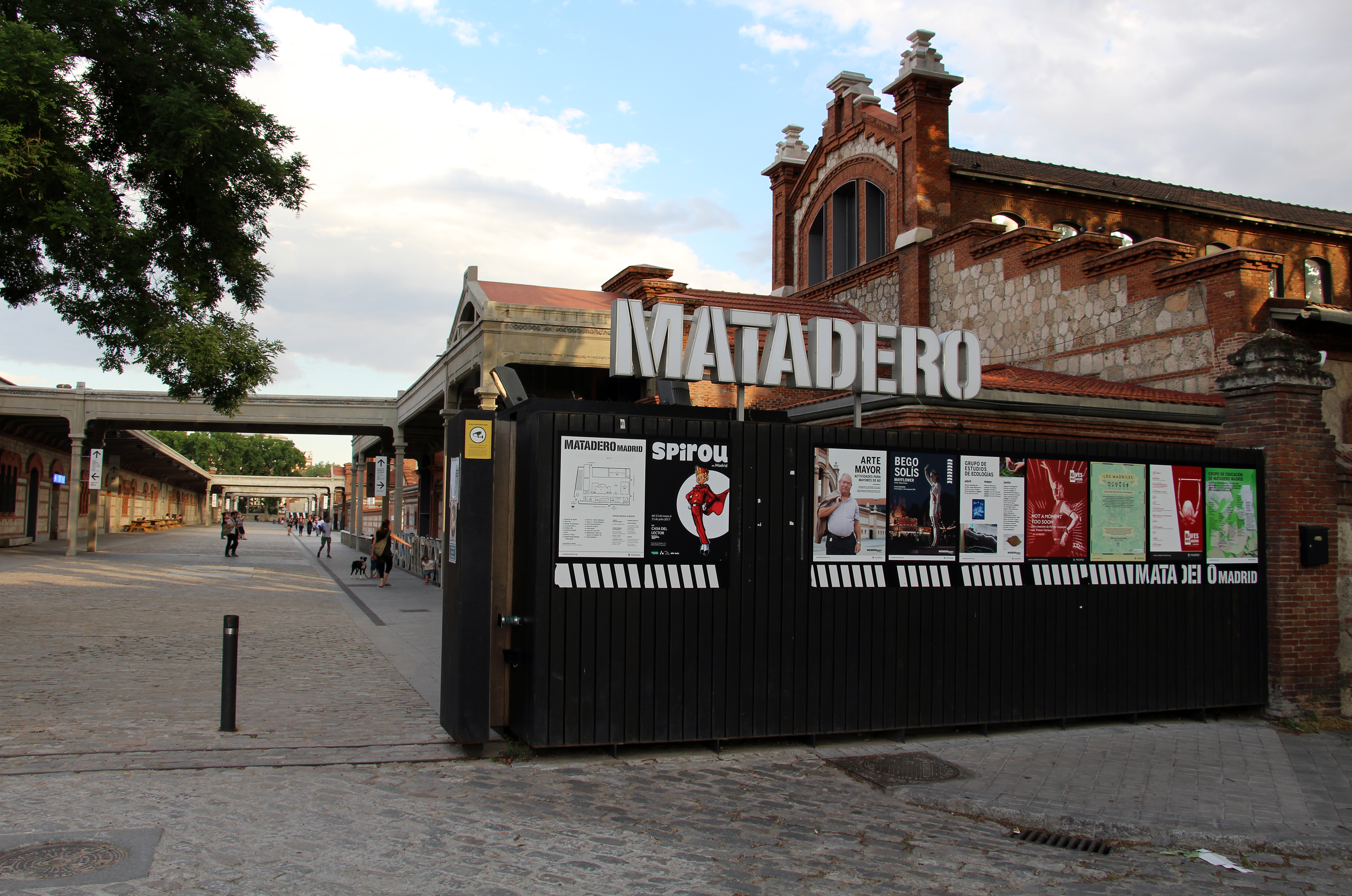 Madrid - Matadero Madrid (35372003283).jpg