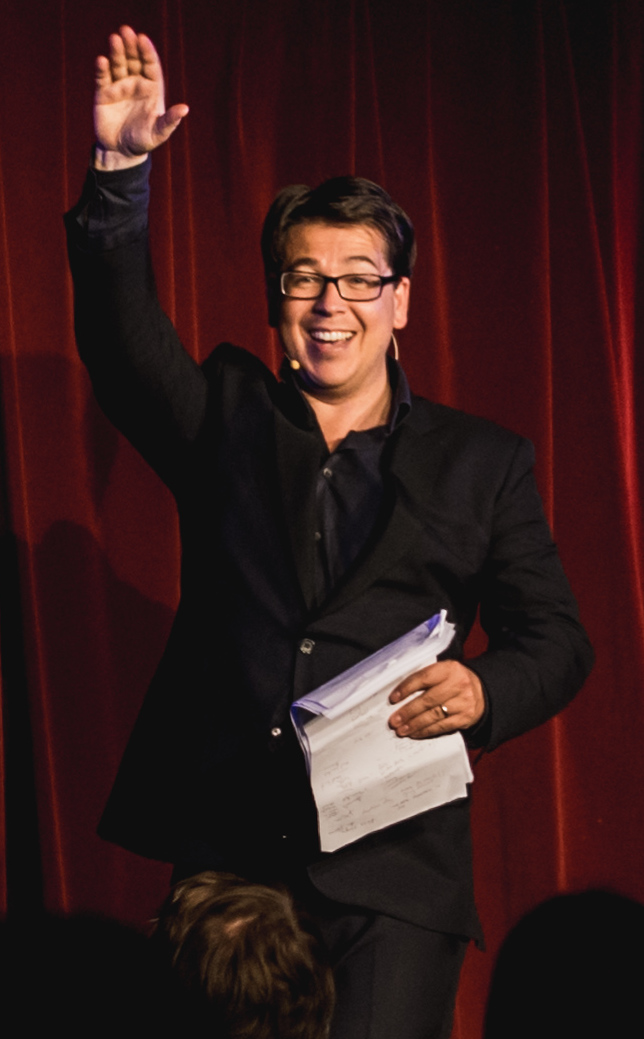 The 42-year old son of father Ray Cameron and mother Kati Cameron Michael McIntyre in 2018 photo. Michael McIntyre earned a  million dollar salary - leaving the net worth at 50 million in 2018