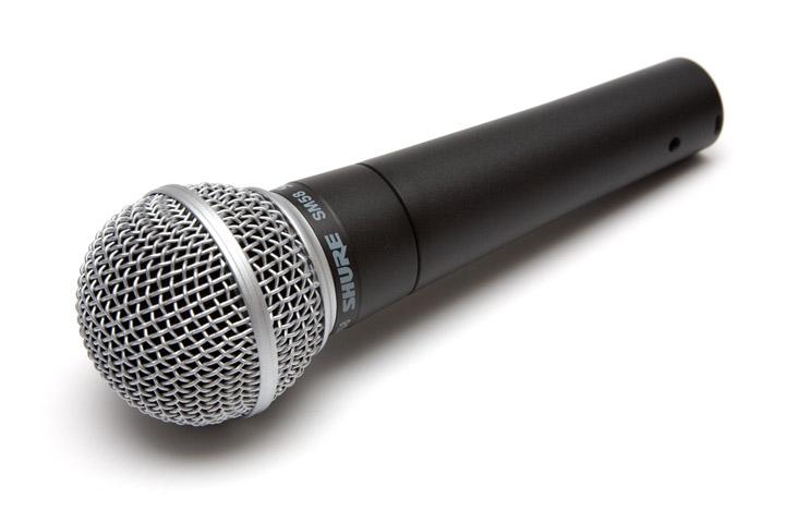 voix off feminine