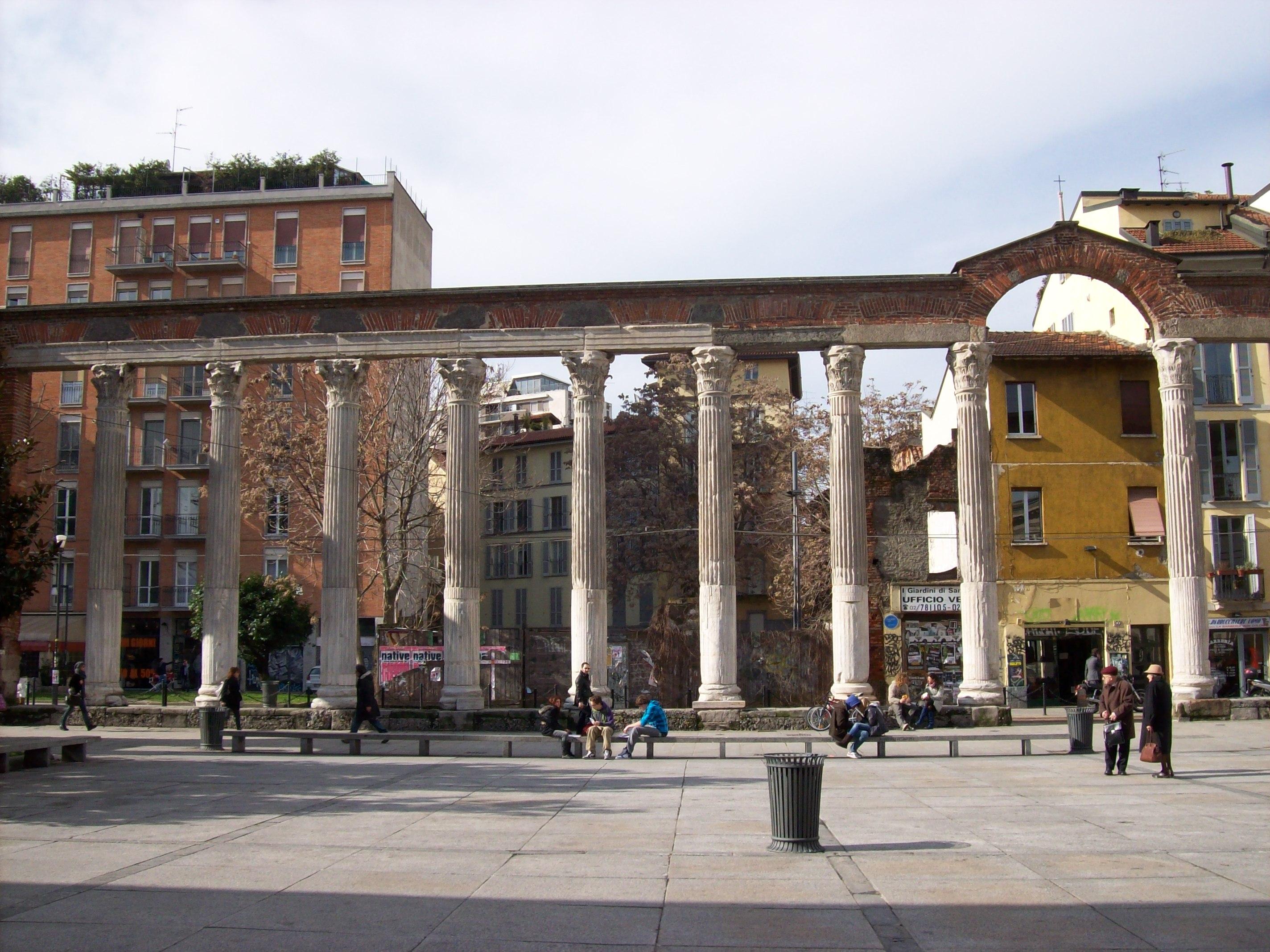 Open Space Ufficio Milano : File milano colonne di san lorenzo sx g wikimedia commons