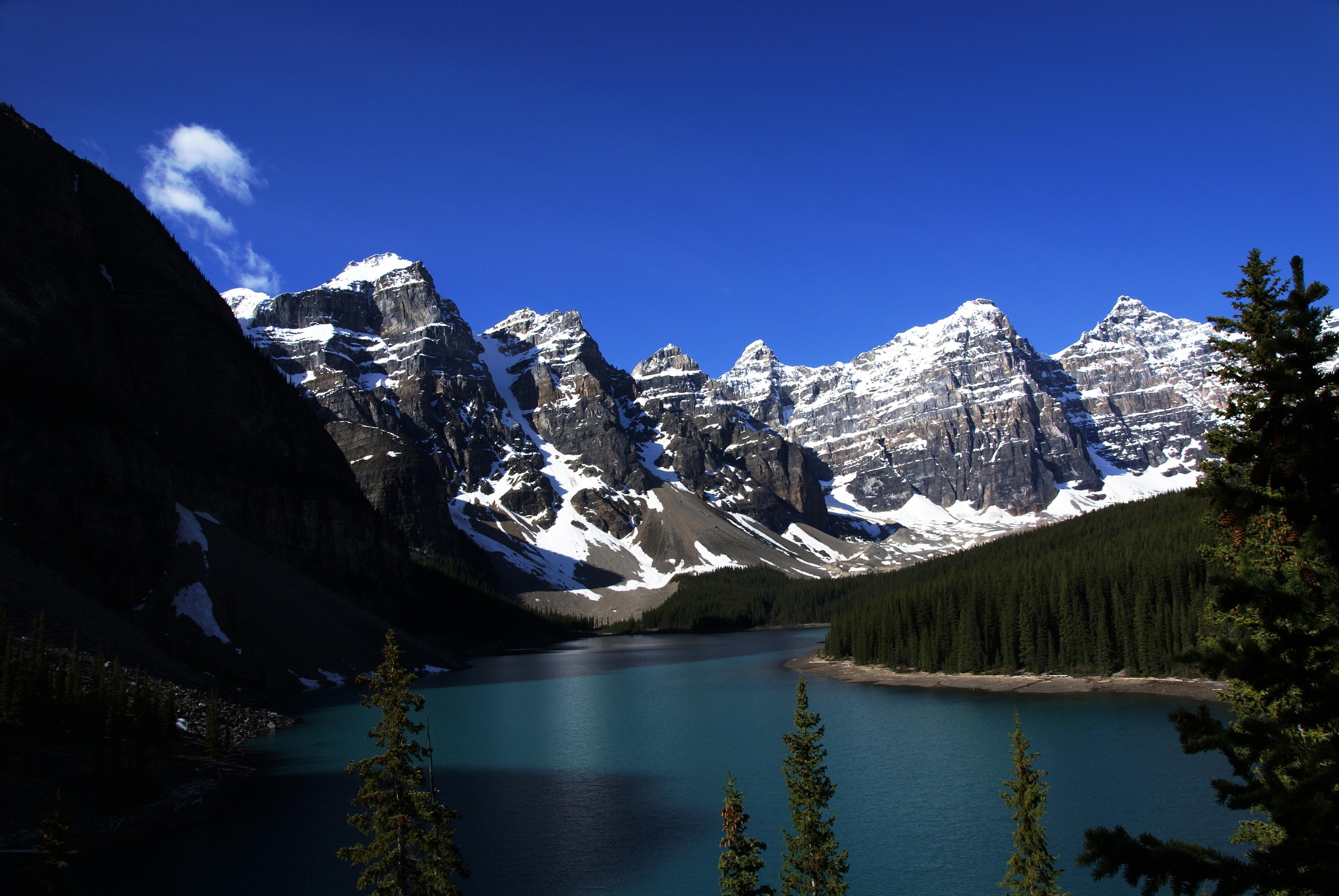 Jezero koje ostavlja bez daha: kanadsko jezero Morein Moraine_Lake_Alberta_Canada