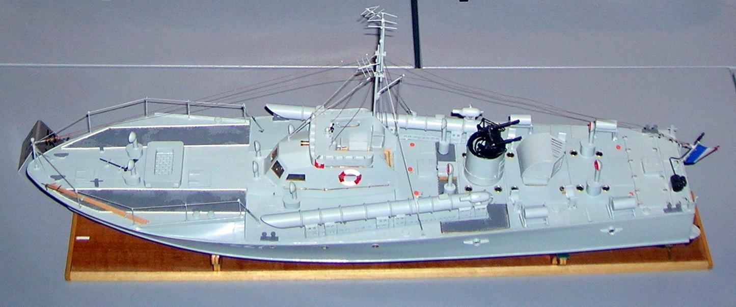 ファイル:Motor torpedo boat MBT model.jpg - Wikipedia