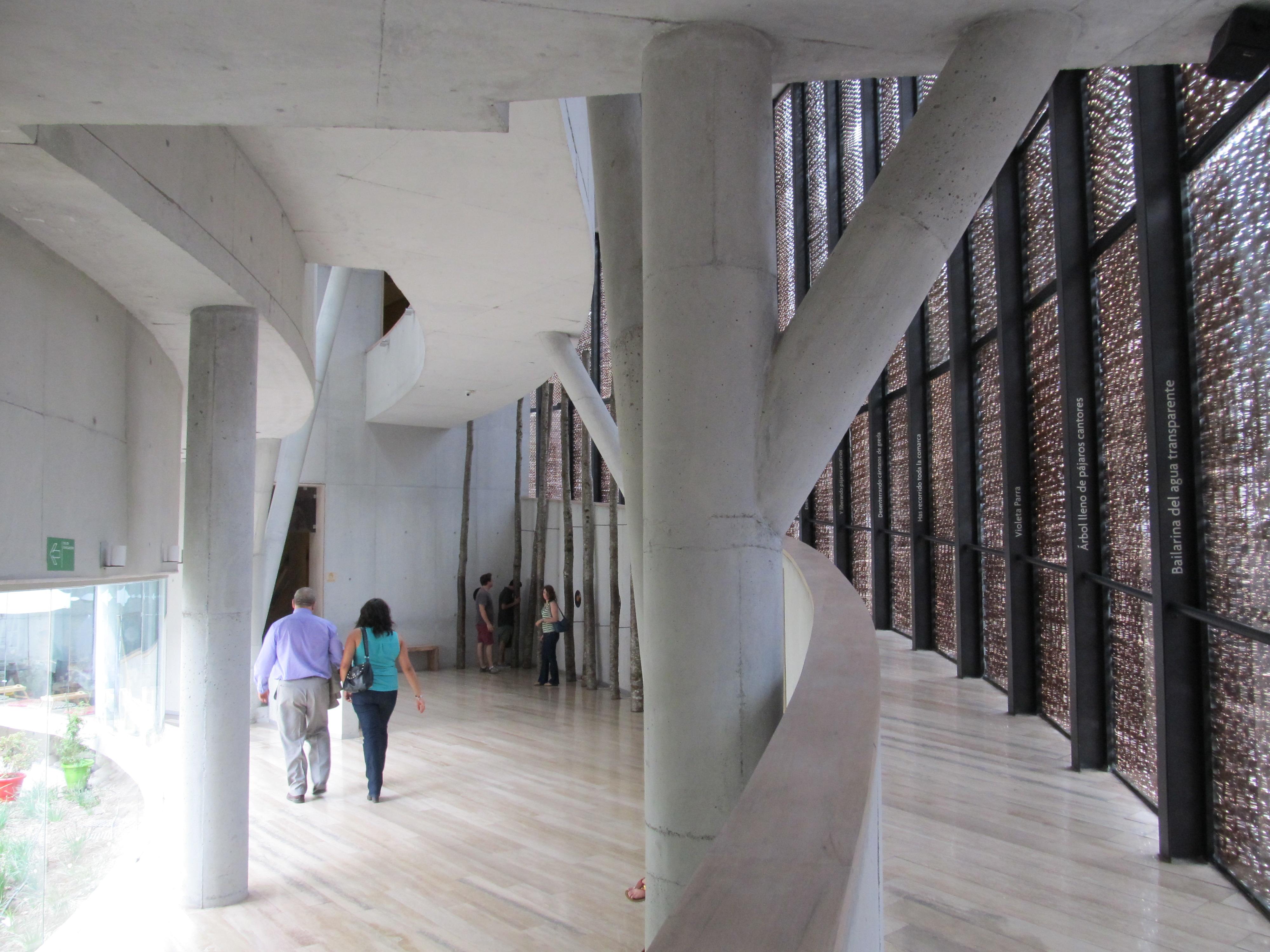 Interior del Museo Violeta Parra.