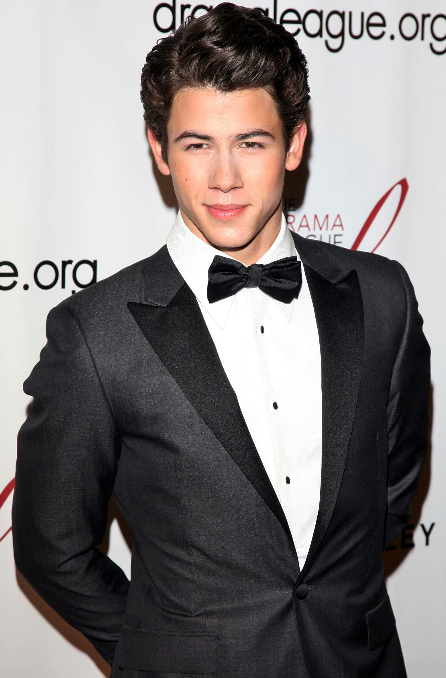 Description Nick Jonas - 2012 Drama League Benefit Gala-2 jpgNick Jonas