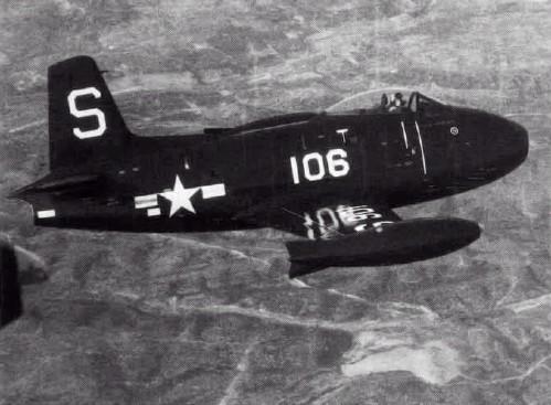 North_American_FJ-1_Fury_in_flight.jpg