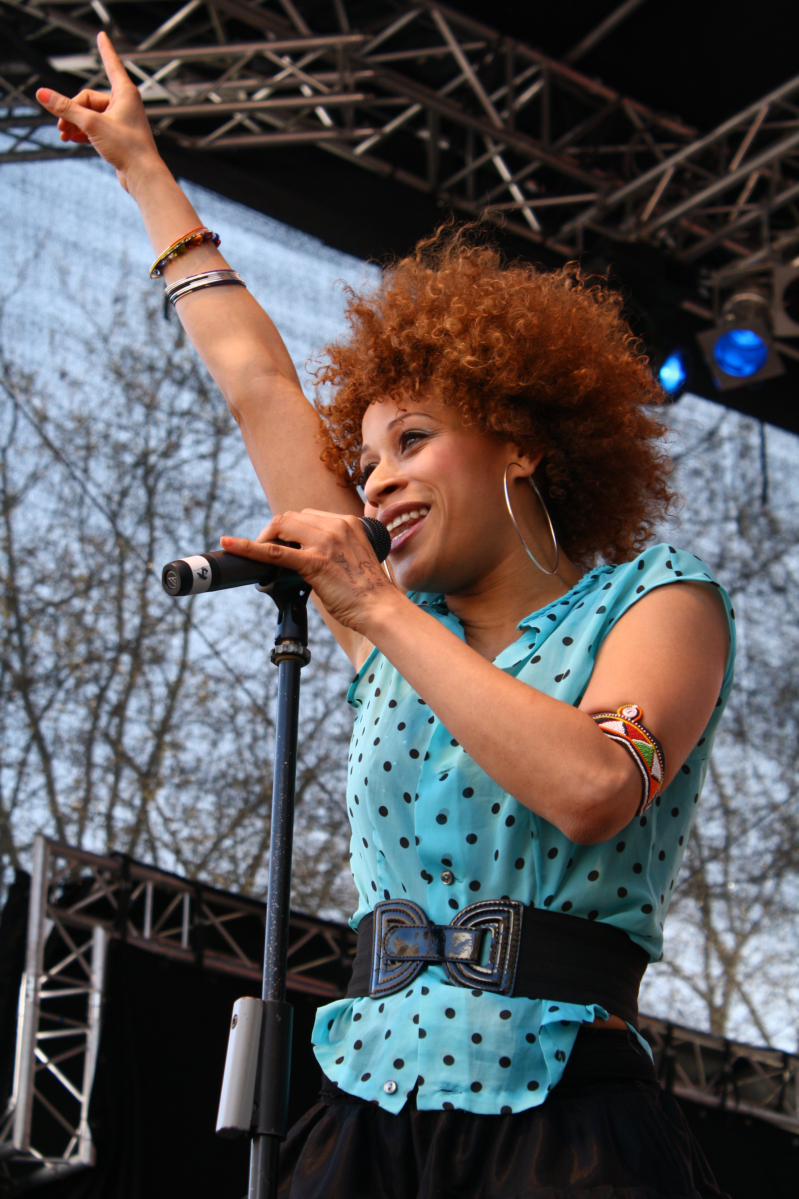 Airplay Charts Top 100: Oceana (singer) - Wikipedia,Chart