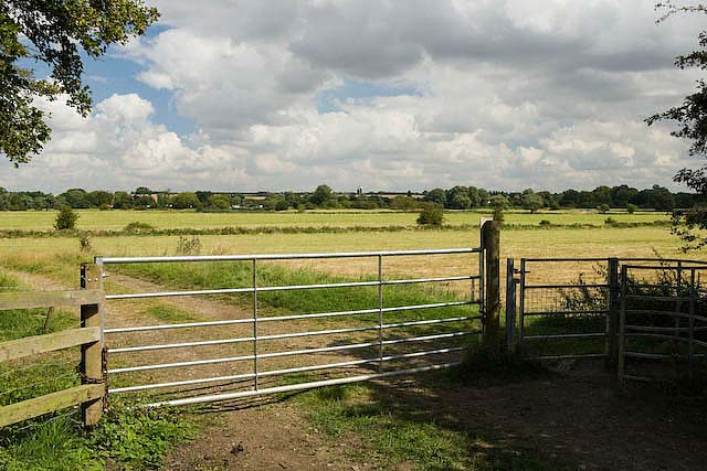 Ouse Valley plain at Hemingford Abbots - geograph.org.uk - 734366