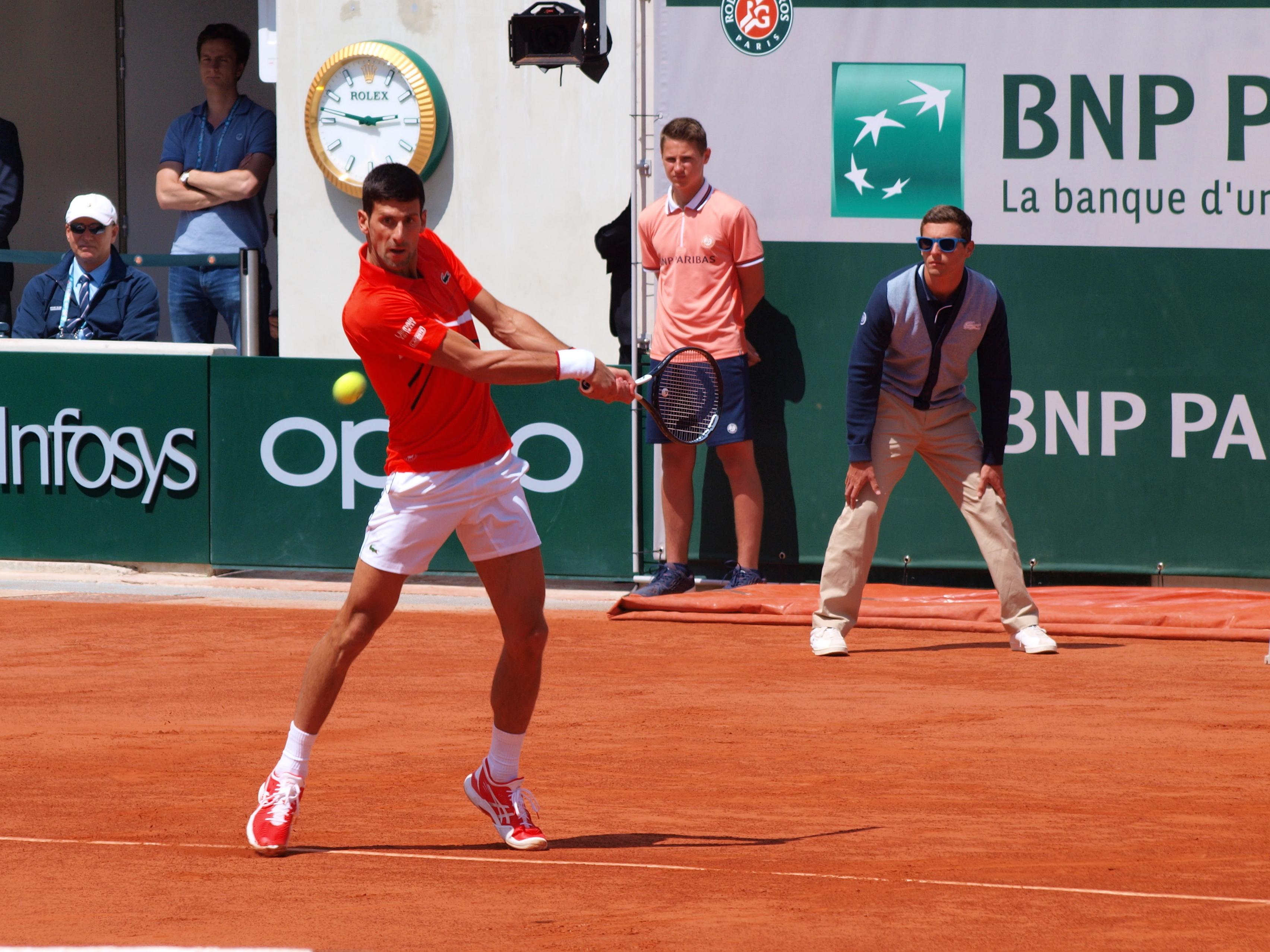 File Paris Fr 75 Open De Tennis 2019 Roland Garros Court Chatrier 6 Juin Djokovic 14 Jpg Wikimedia Commons