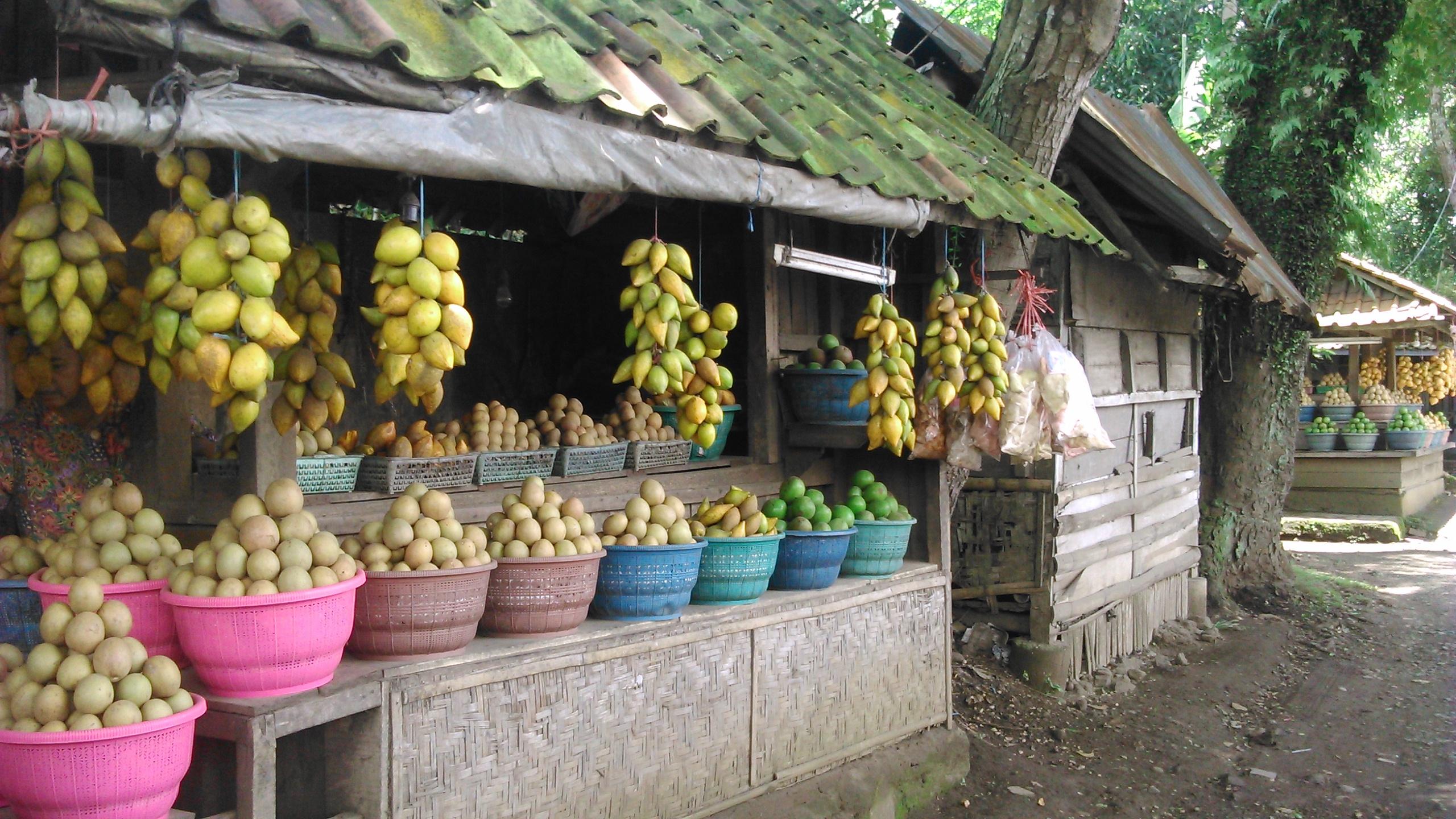 File:Penjual Buah - panoramio.jpg