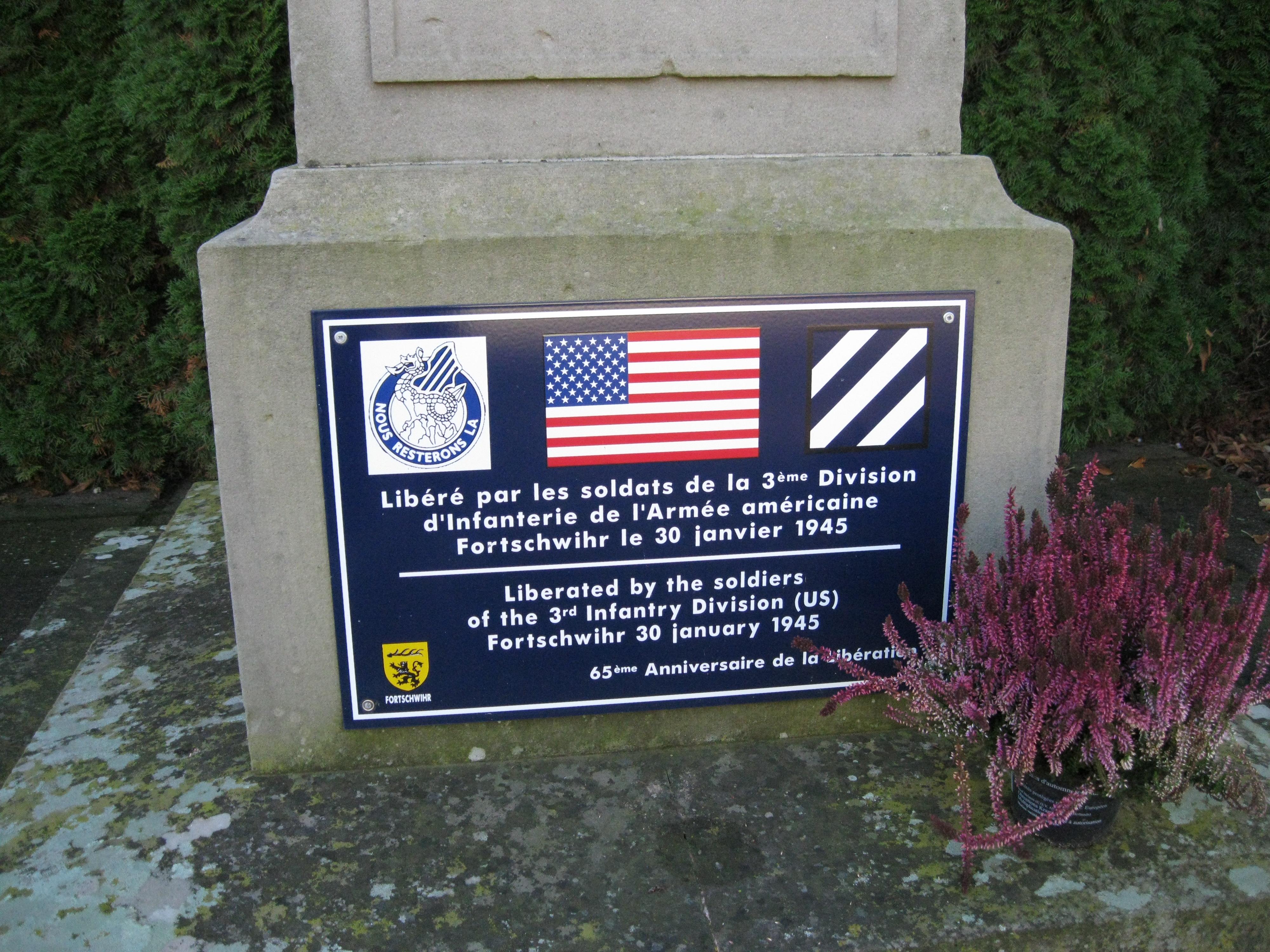 Fichier:Plaque monument aux morts Fortschwihr.jpg — Wikipédia