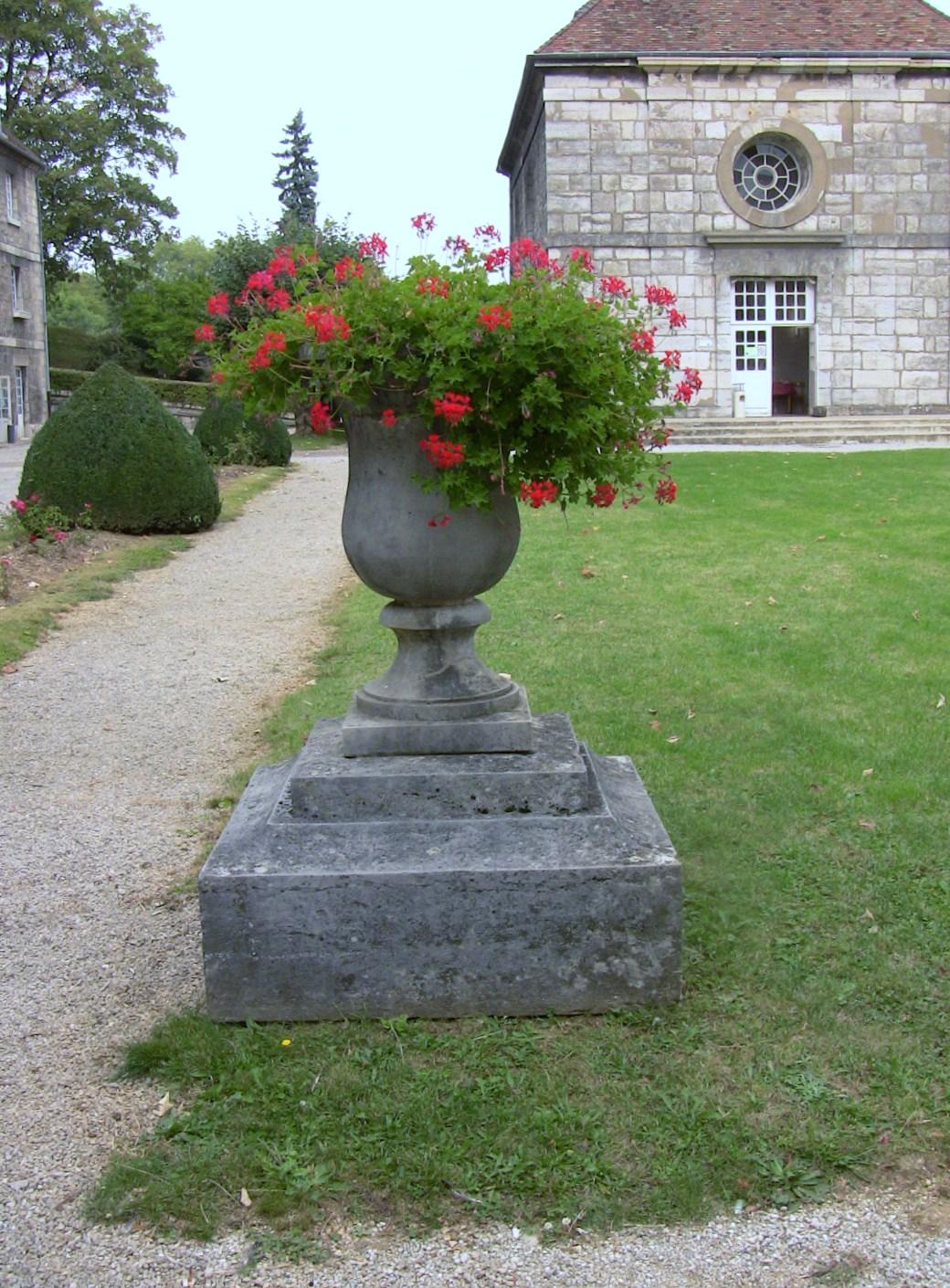 file pot de fleur fort griffon jpg wikimedia commons