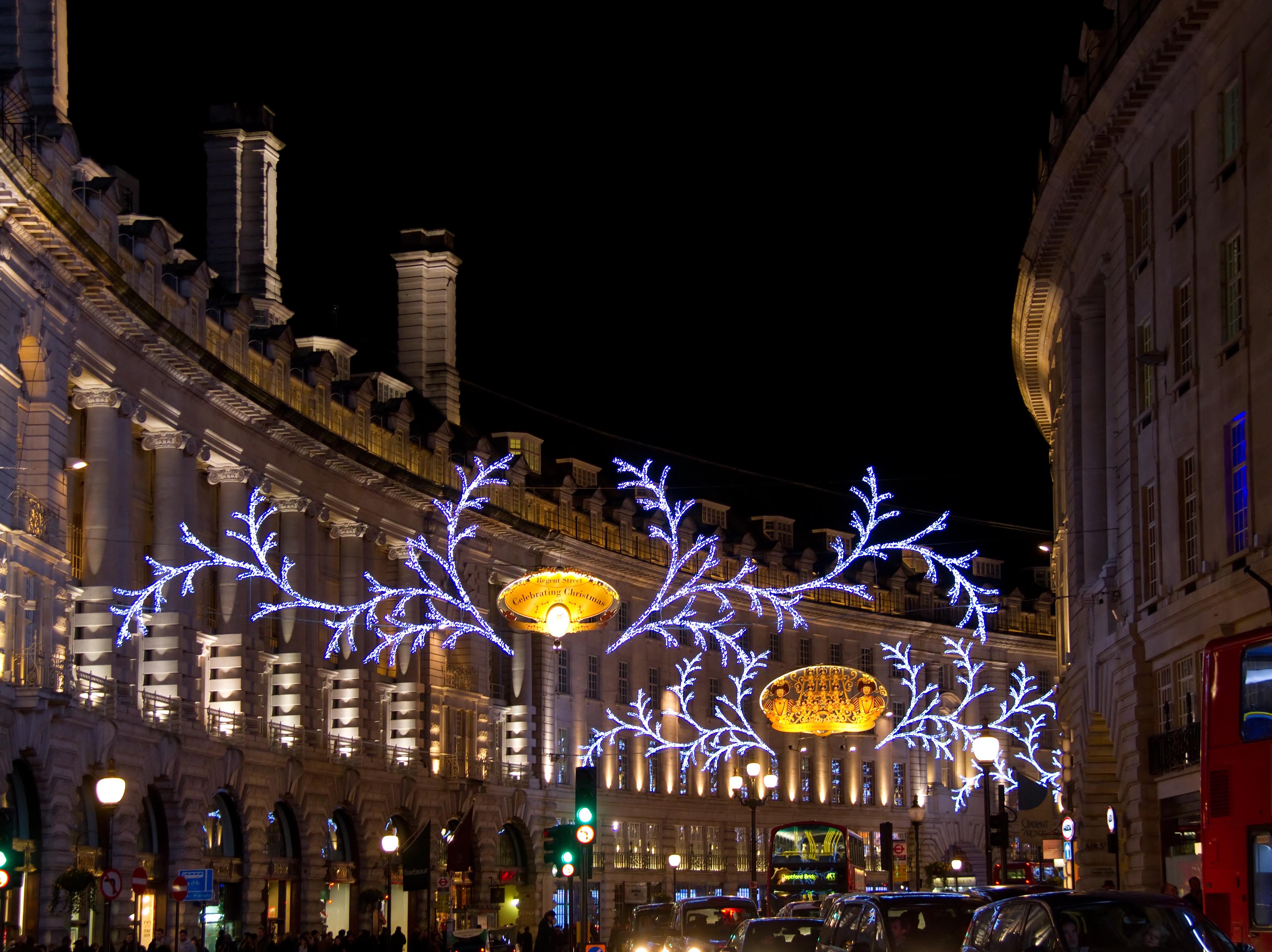 File:Regent Street Christmas Lights (8280914699) (2).jpg - Wikimedia ...