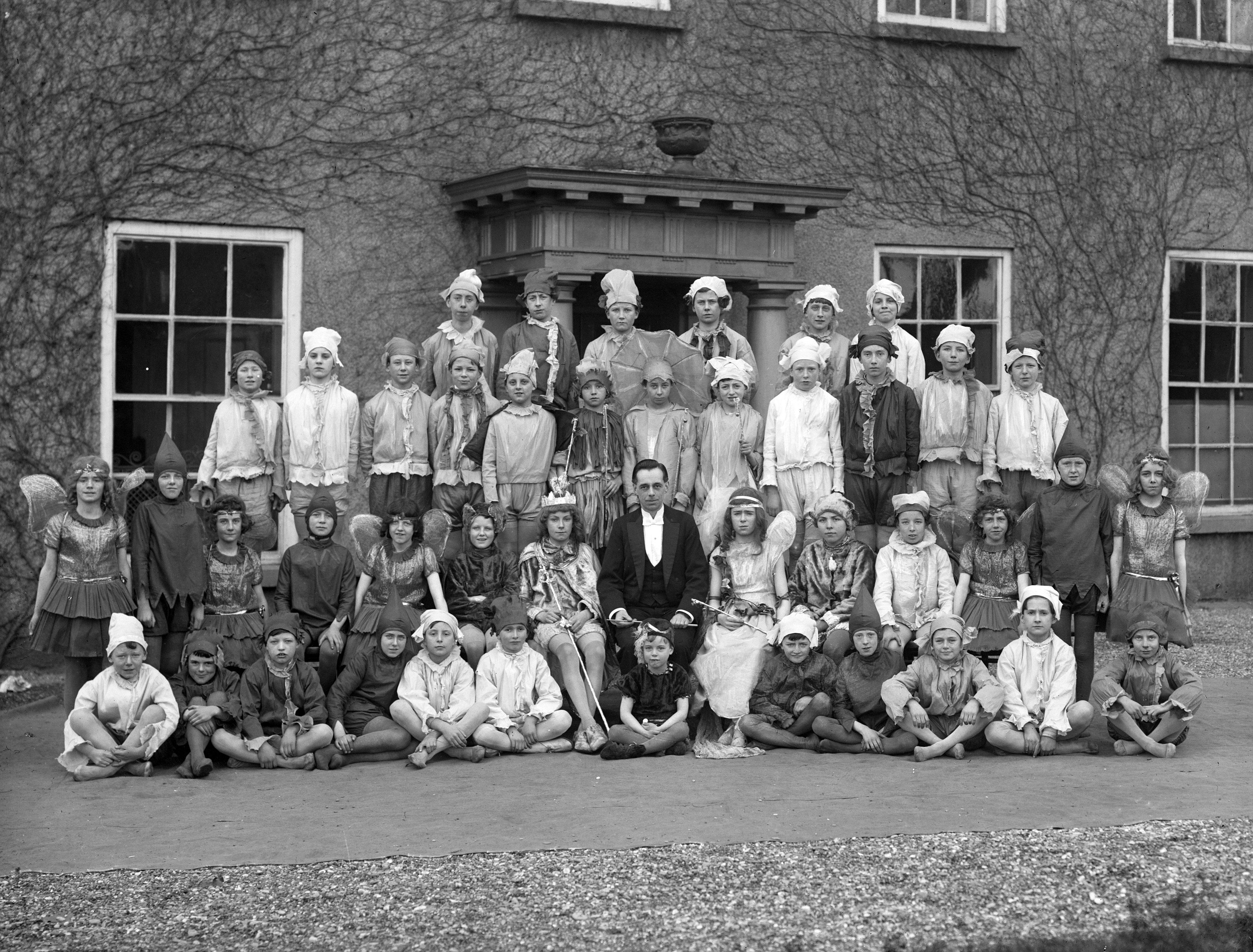 fileschool goers in fancy dress waterpark college waterford 1920s
