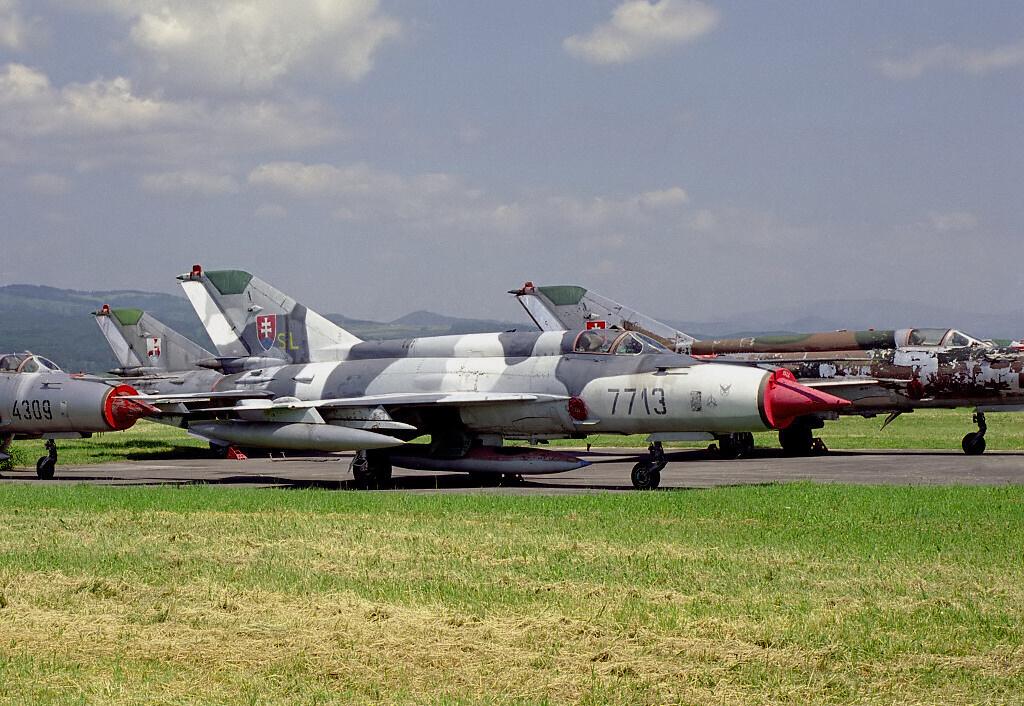 Slovak_Air_Force_Mikoyan-Gurevich_MiG-21