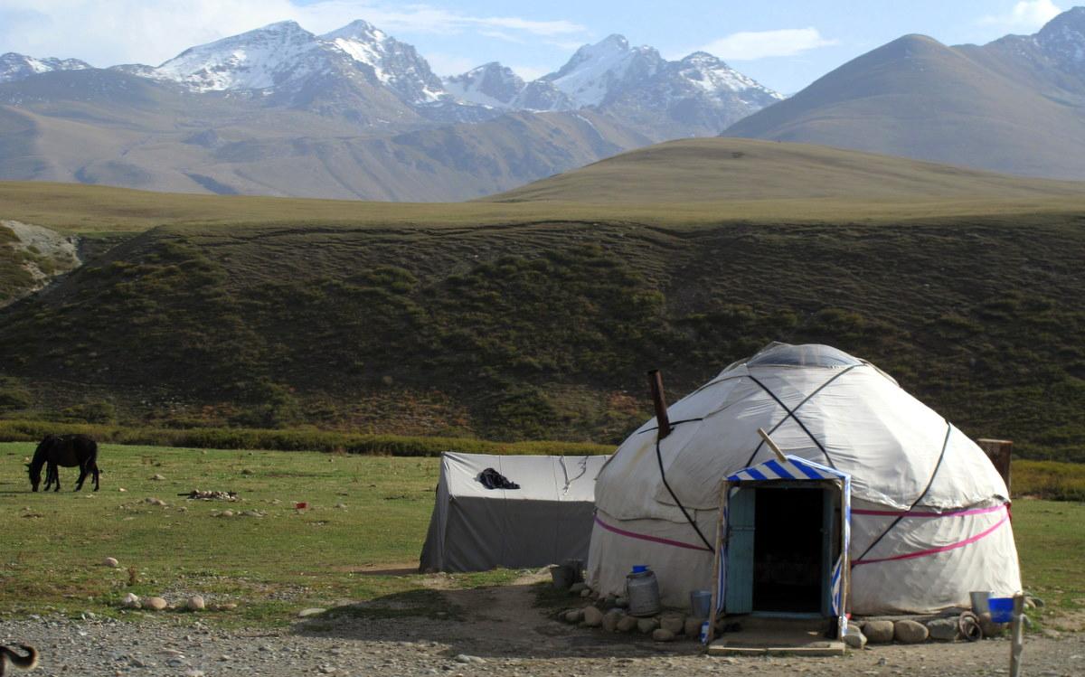 Suusamyr Valley (3968060227).jpg