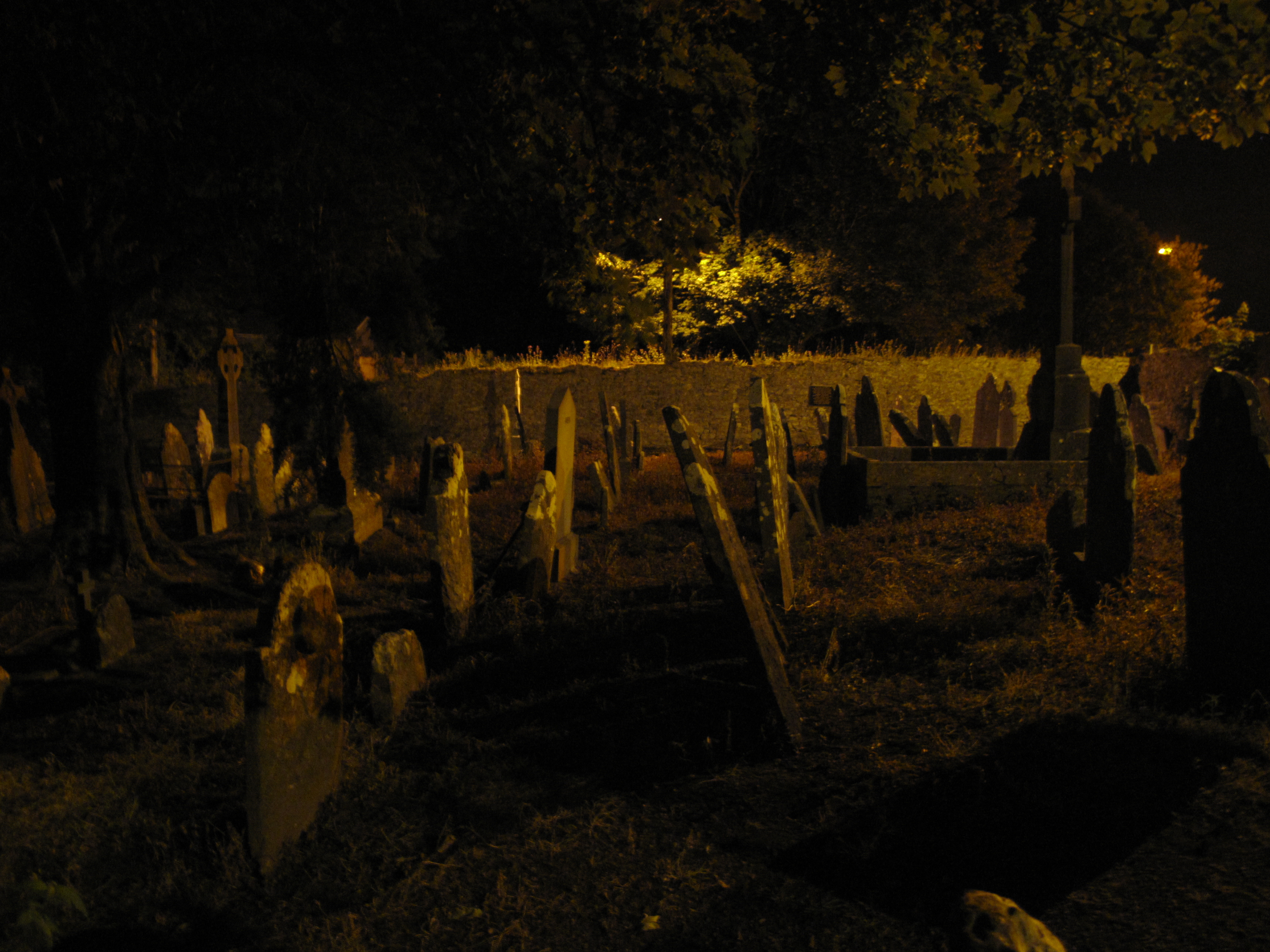 Graveyard at night wallpaper