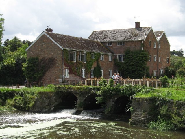 The Mill at Durweston - geograph.org.uk - 1425640