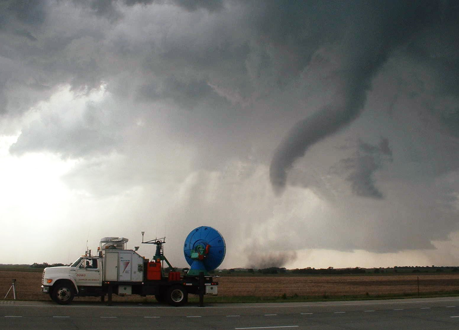 File:Tornado with DOW.jpg