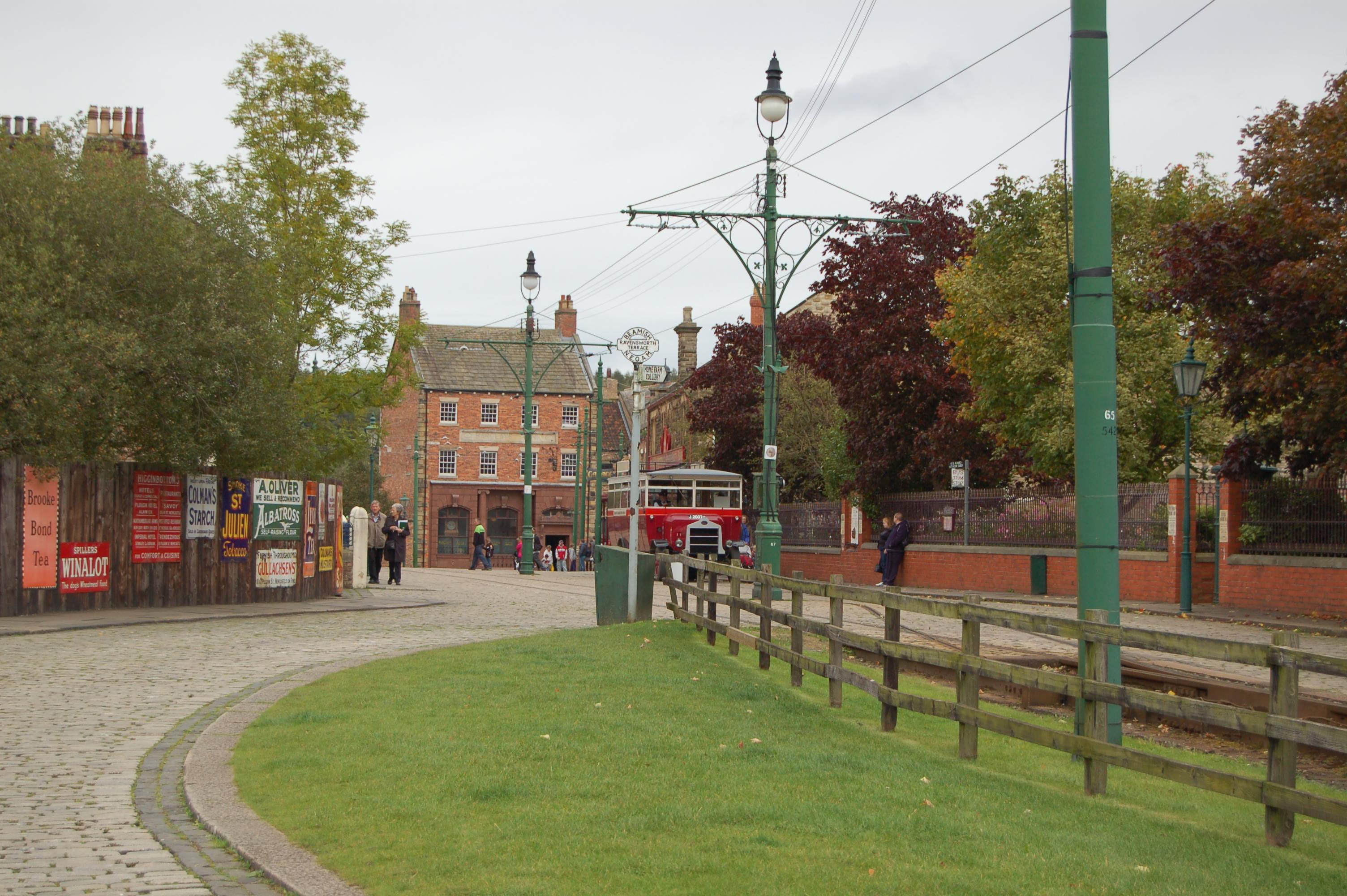 File:Town railway, Beamish Museum, 11 September 2011 (7