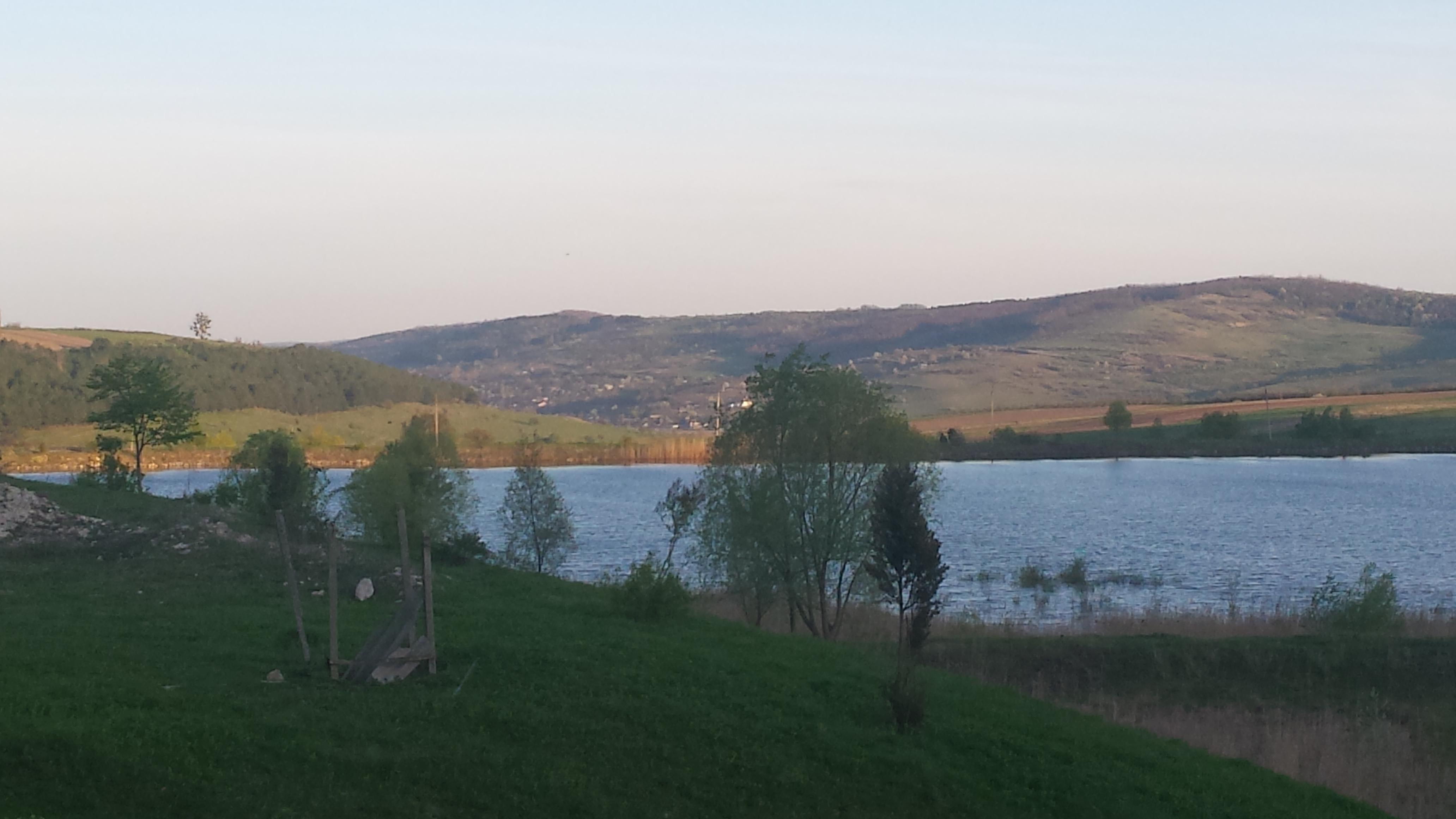 vederea satului