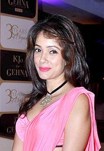 Vidya Malvade Indian actress (b. 1973)