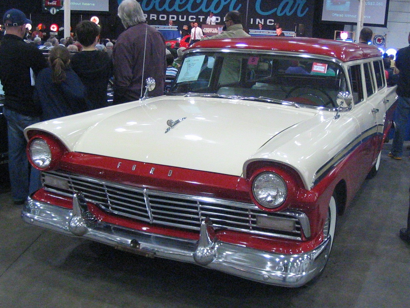 File:\'57 Ford Wagon (Toronto Spring \'12 Classic Car Auction).JPG ...