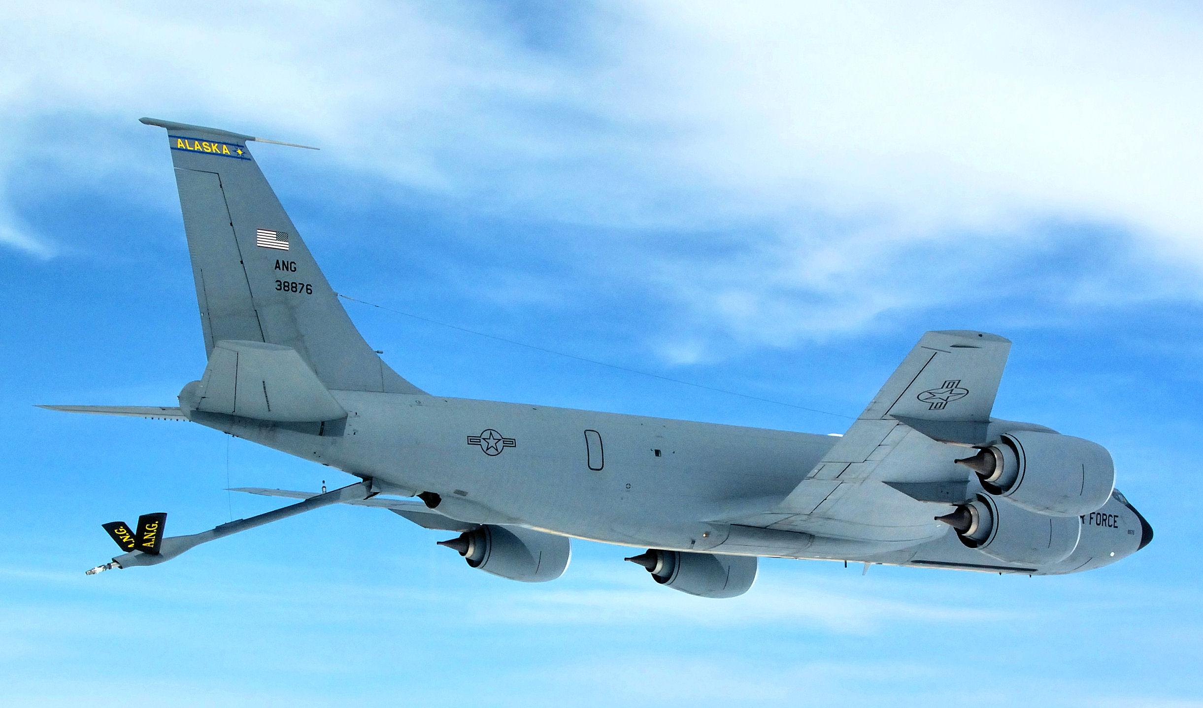 168th Air Refueling Squadron - Boeing KC-135R Stratotanker 63-8876 - 2.jpg