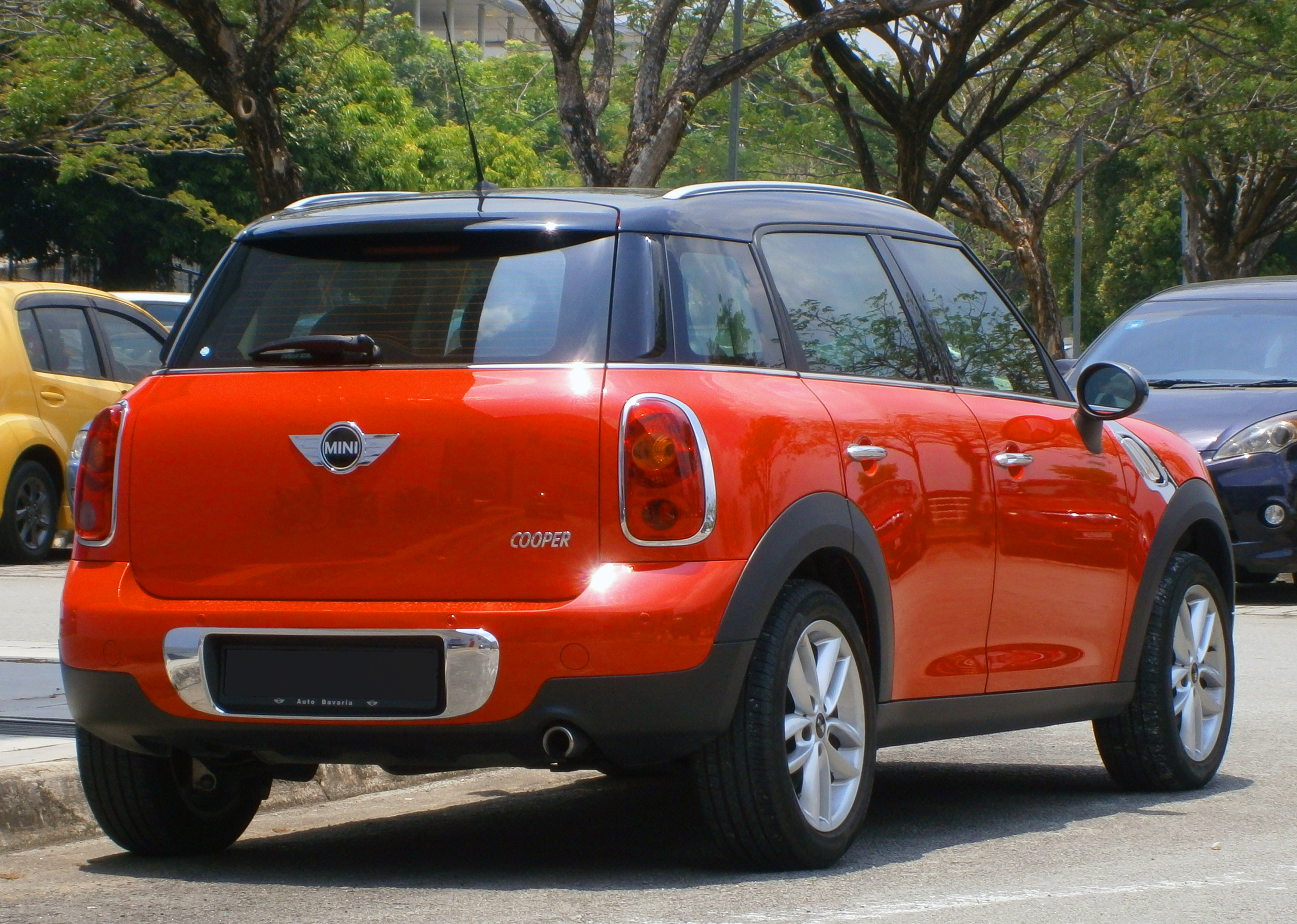file 2012 mini countryman in cyberjaya malaysia 02 jpg wikimedia commons. Black Bedroom Furniture Sets. Home Design Ideas