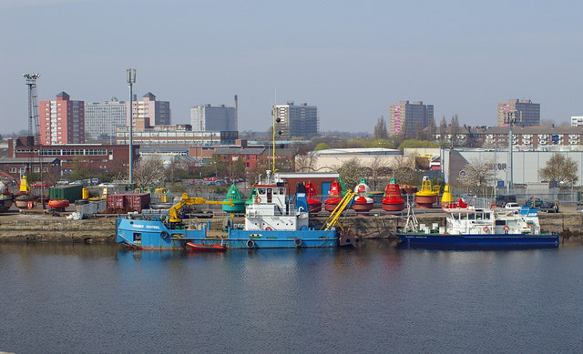 File:ABP Buoy Quay, Albert Dock, Hull - geograph.org.uk - 400657.jpg