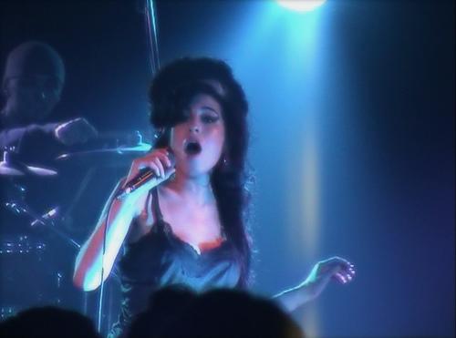 File:Amy Winehouse Berlin.jpg