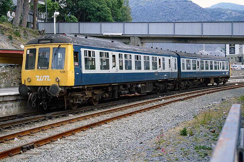 British Rail DMU at Ipswich Rail Photo D