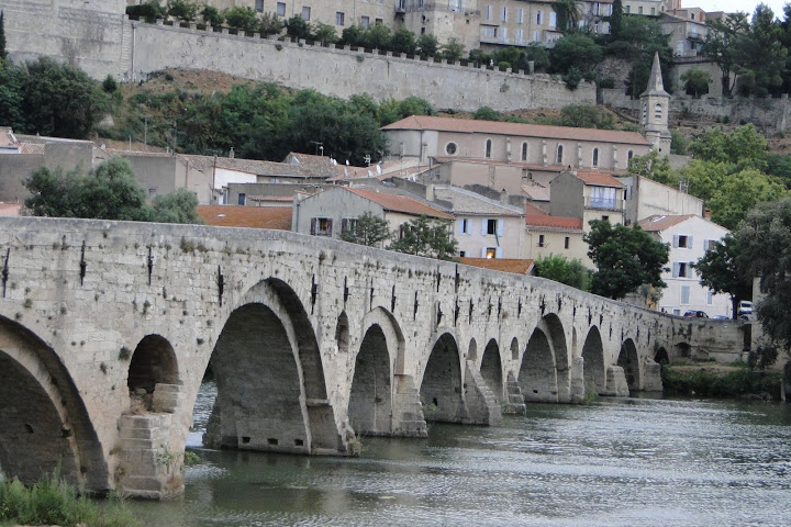 Файл:Beziers (the old bridge).JPG