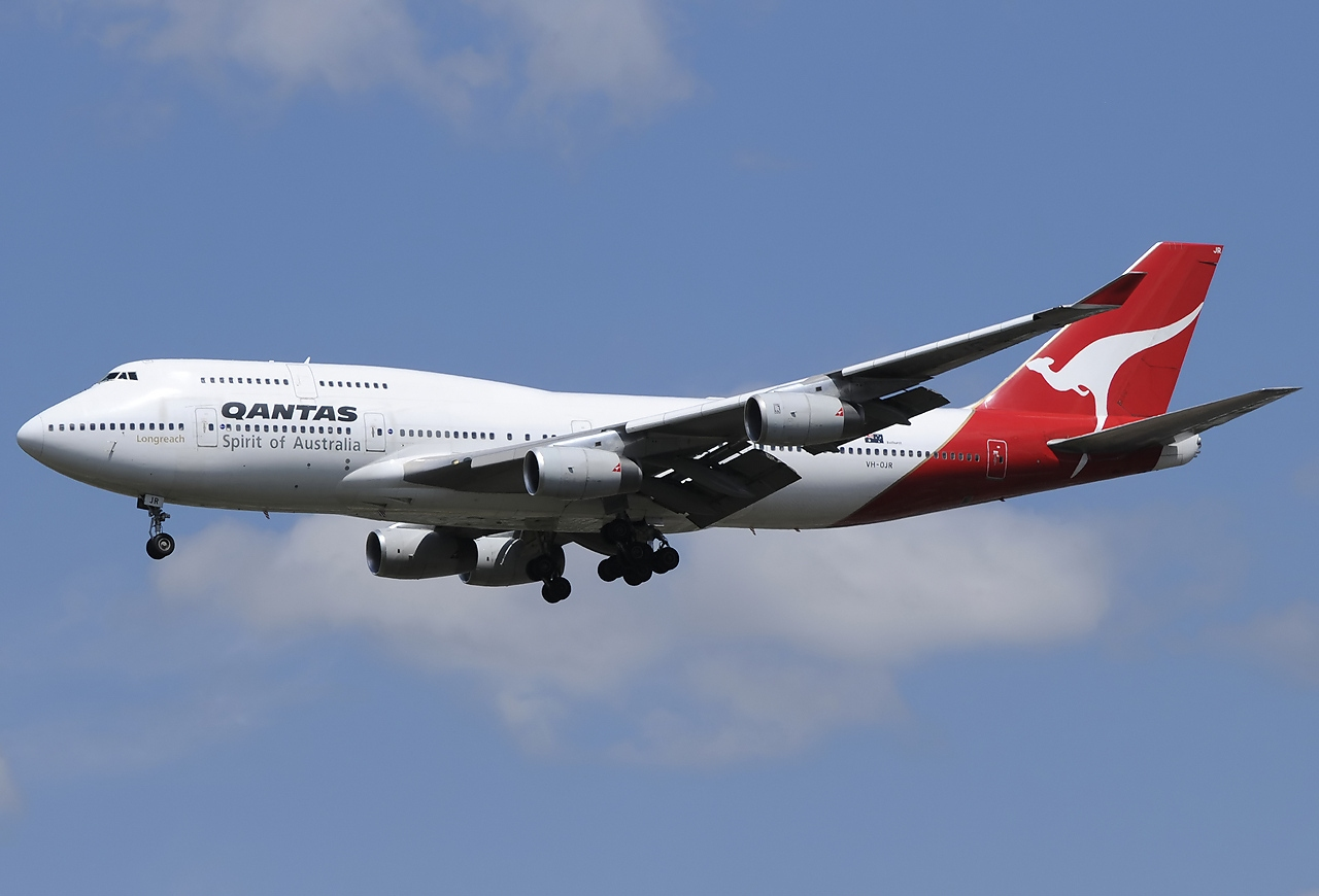 Https Www Qantas Com Travel Airlines Inflight Communications Global En