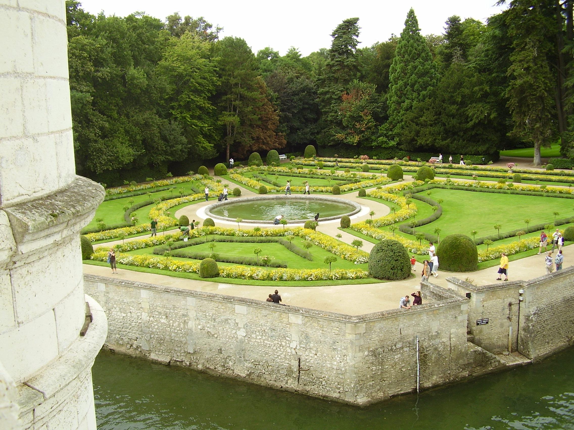 5 jardins ch teaux de la loire - Jardin zen avec bassin ...