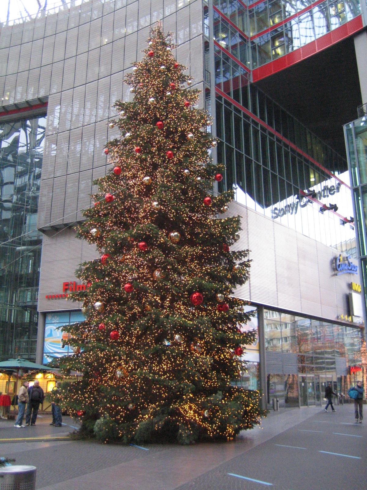 X'mas Christmas-tree-denis-apel
