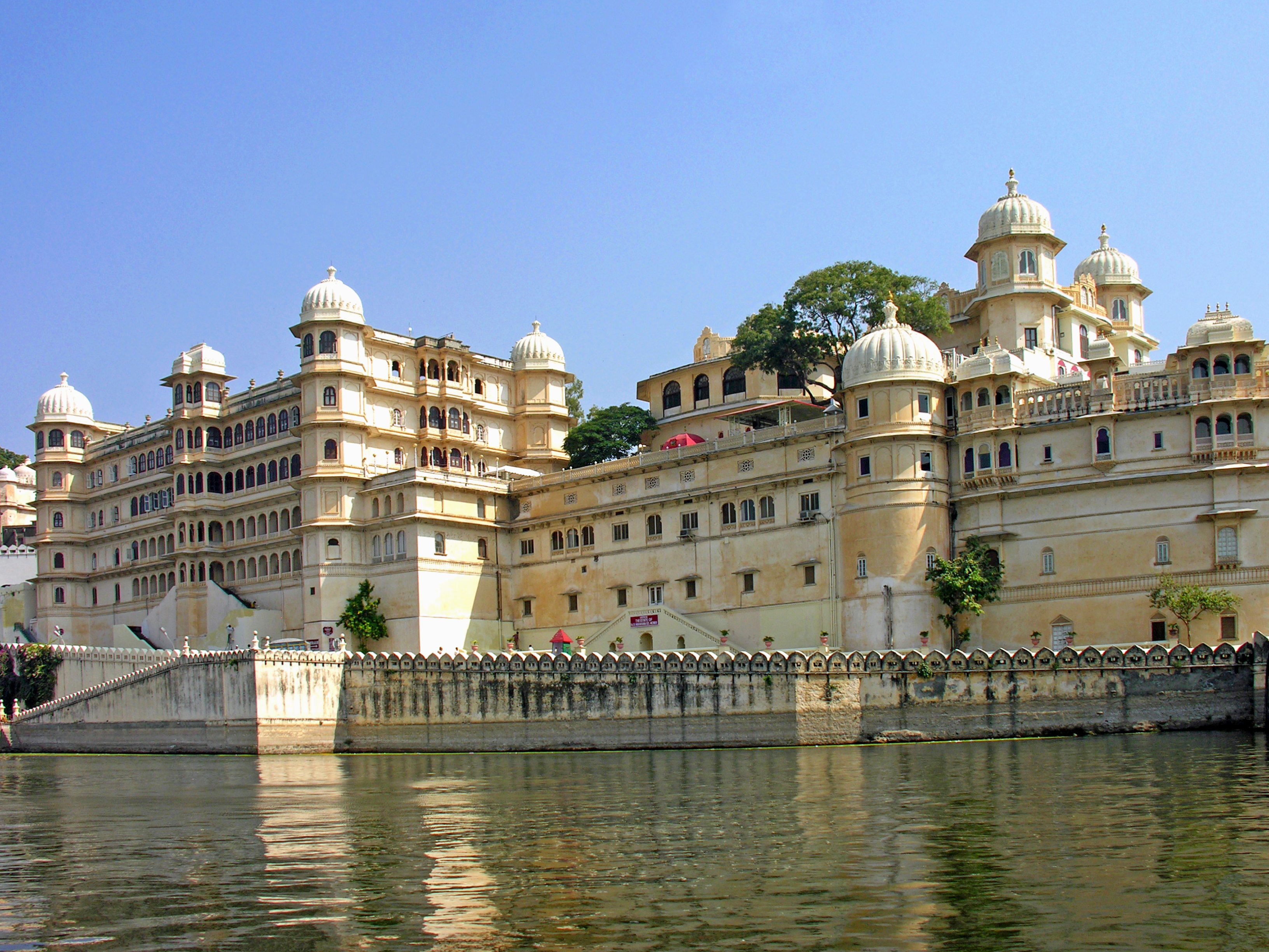 Best Places To Visit In Udaipur: Seen and Unseen Gems of 2020 3